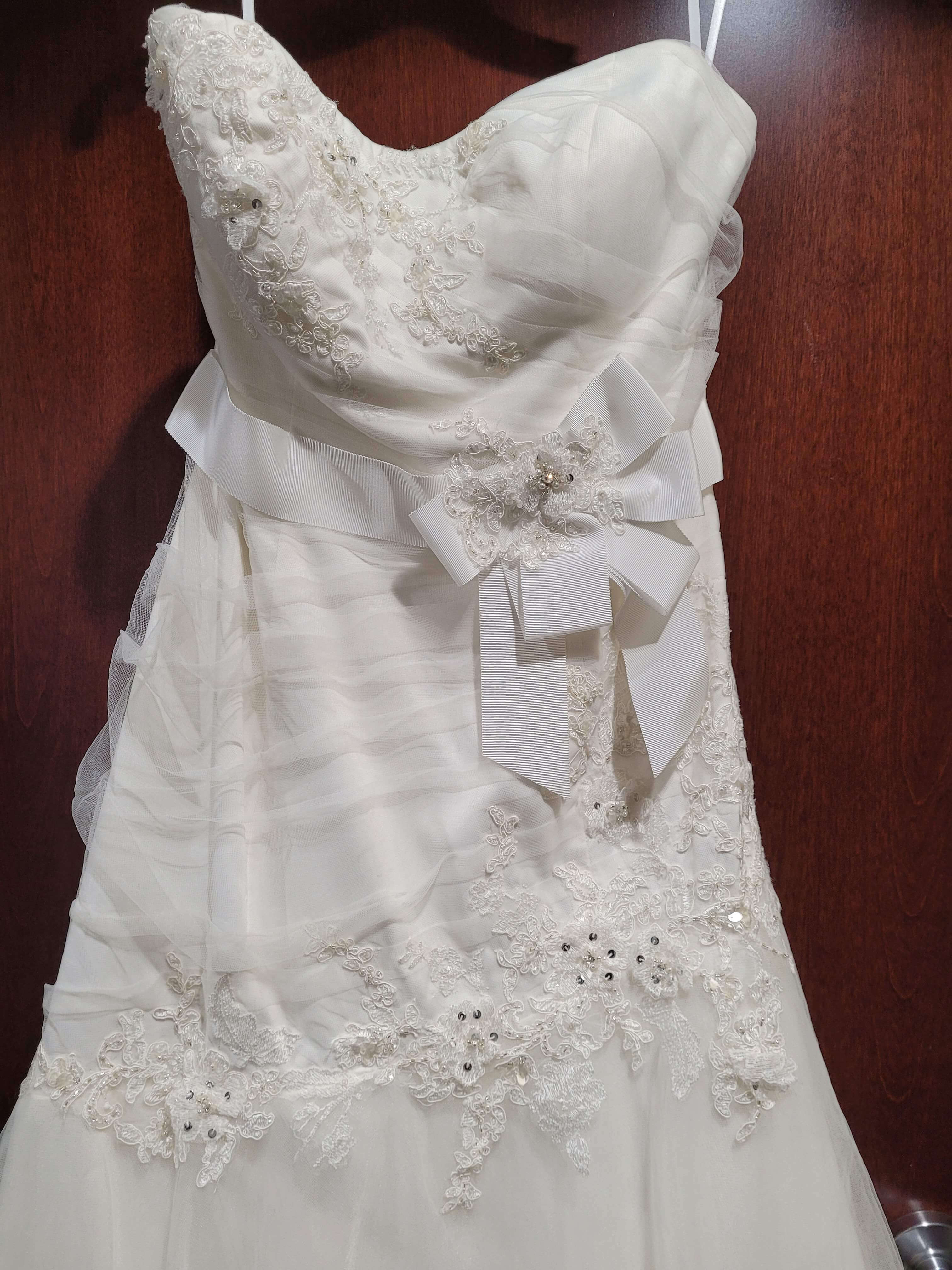 Aura Bridal White Size 16 Wedding Tall Height Train Dress on Queenly