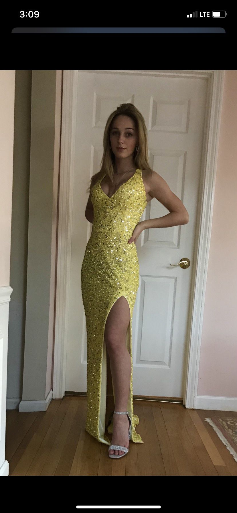 Mac Duggal Yellow Size 2 Prom Pageant Side slit Dress on Queenly