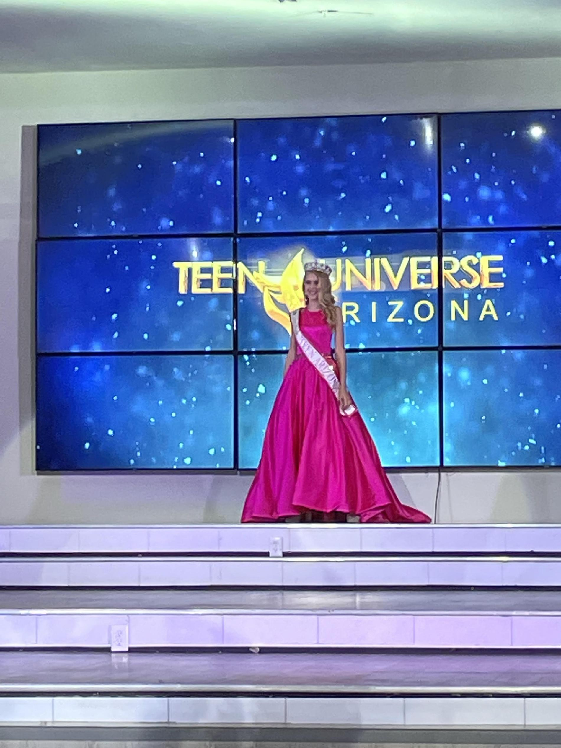 Sherri Hill Pink Size 00 Short Height Ball gown on Queenly