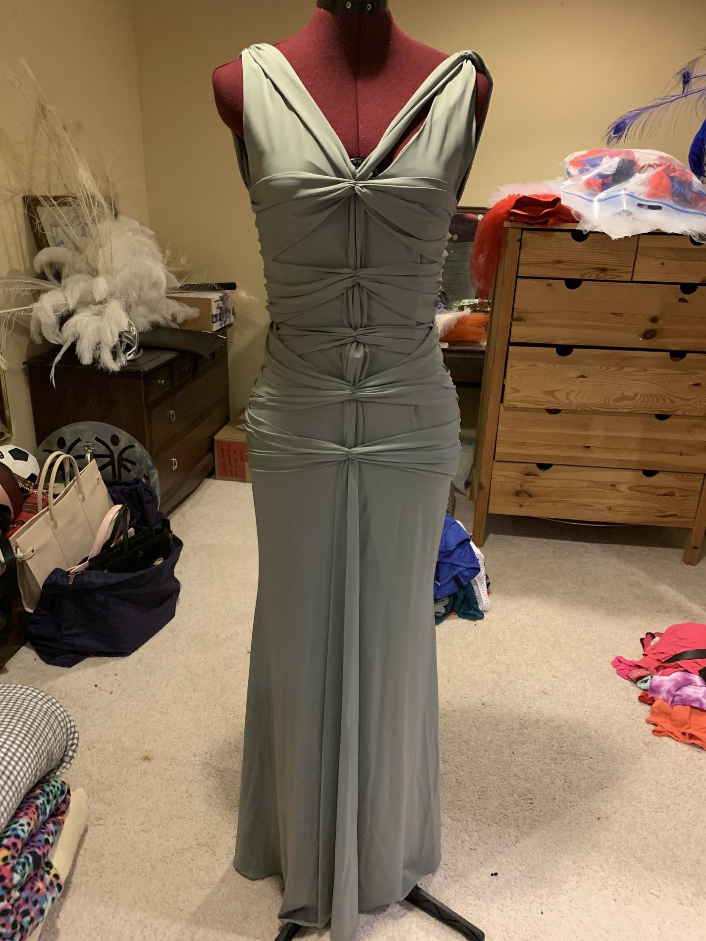 Vera Wang Green Size 4 Side Slit Train Mermaid Dress on Queenly
