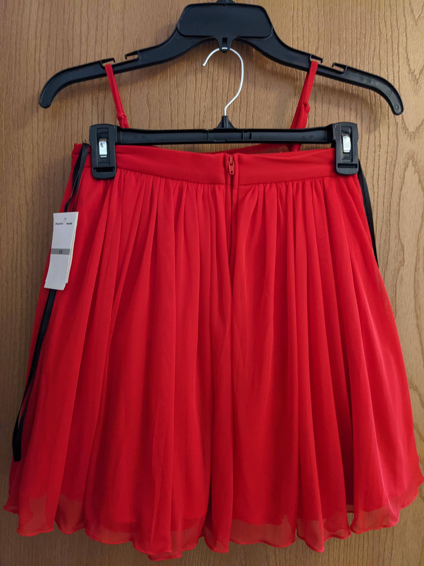 B-Darlin Red Size 2 Prom Pageant Cocktail Dress on Queenly