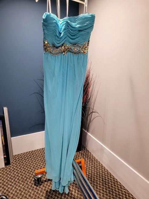 Style 6518W Madison James Blue Size 28 Turquoise Plus Size Tall Height Side slit Dress on Queenly