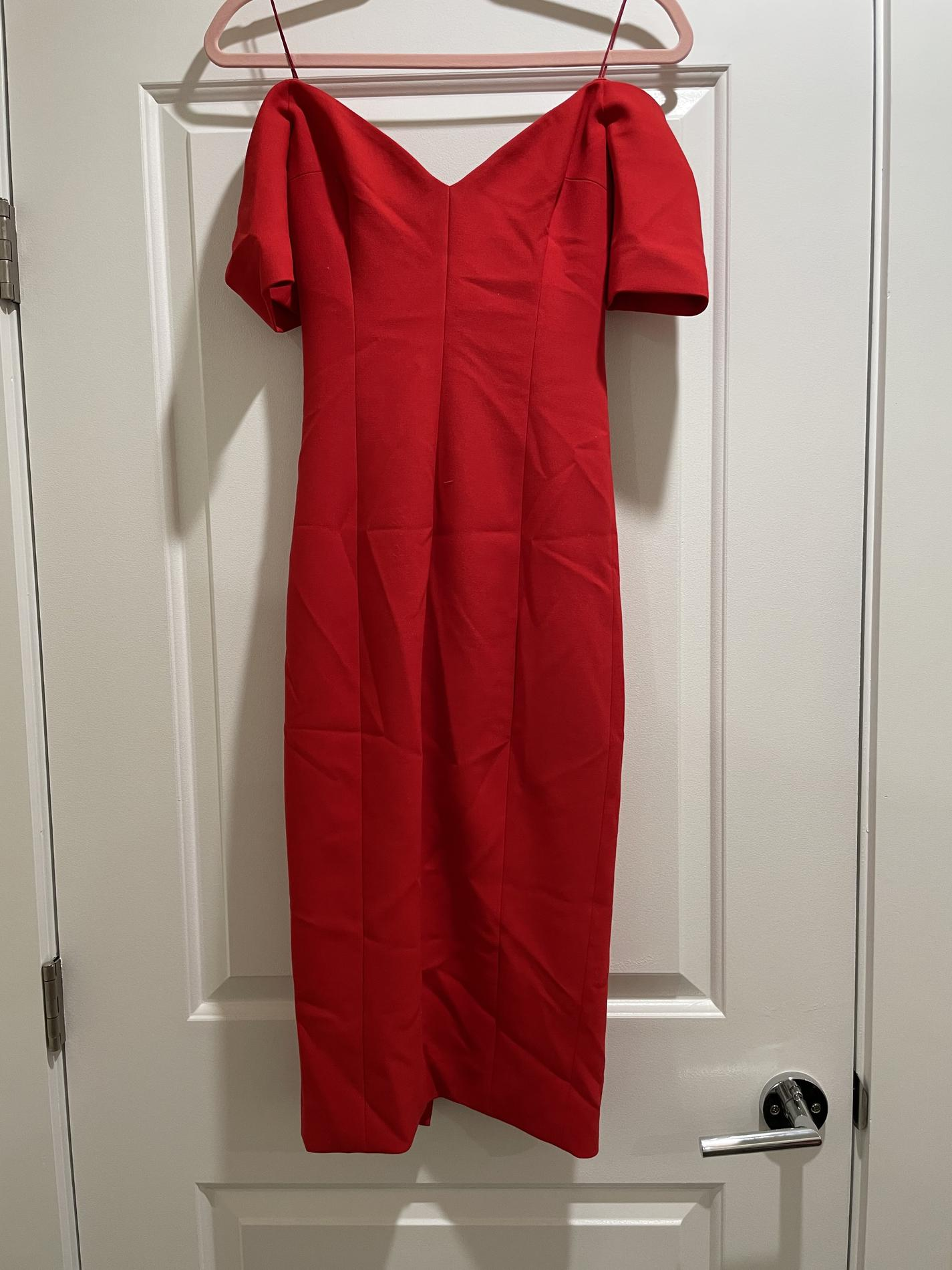 Cinq a sept Red Size 0 Short Height Cocktail Dress on Queenly