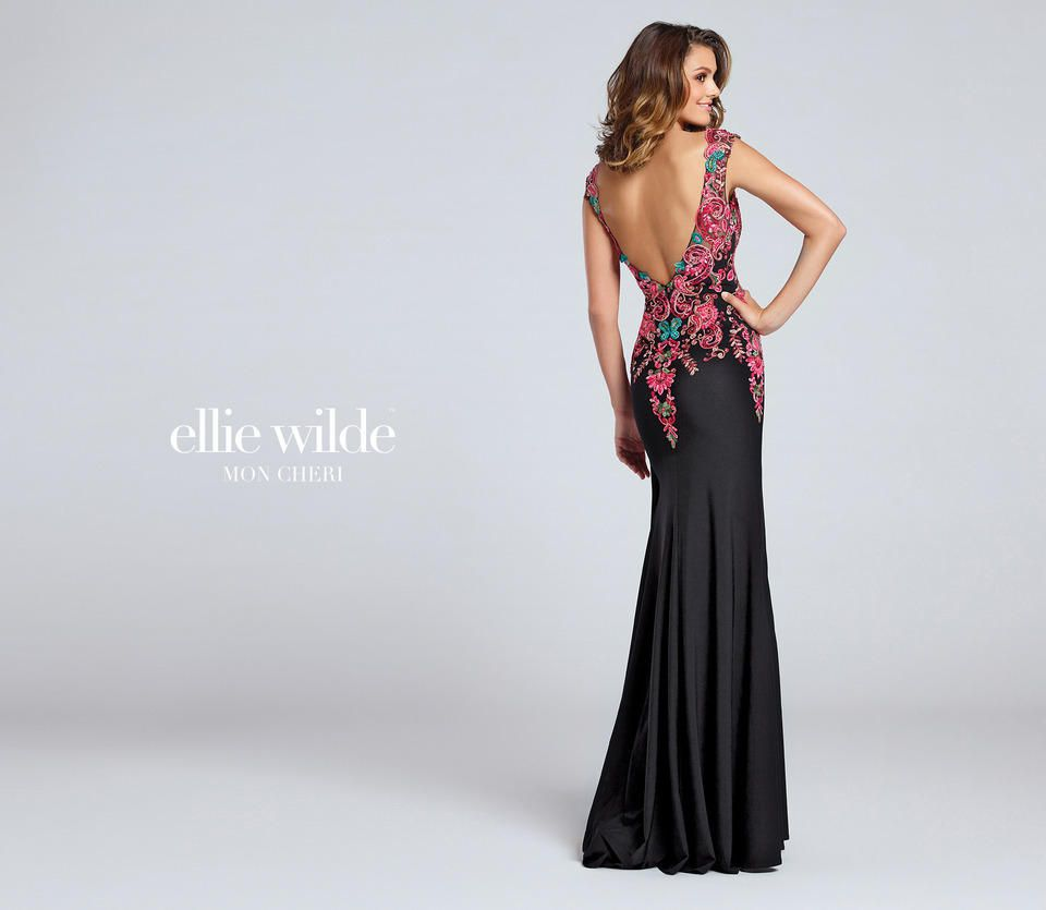 Style EW117054 Ellie Wilde Black Size 6 V Neck Sweetheart Tall Height Mermaid Dress on Queenly