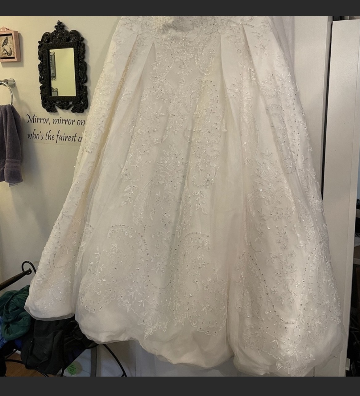 White Size 24 Ball gown on Queenly
