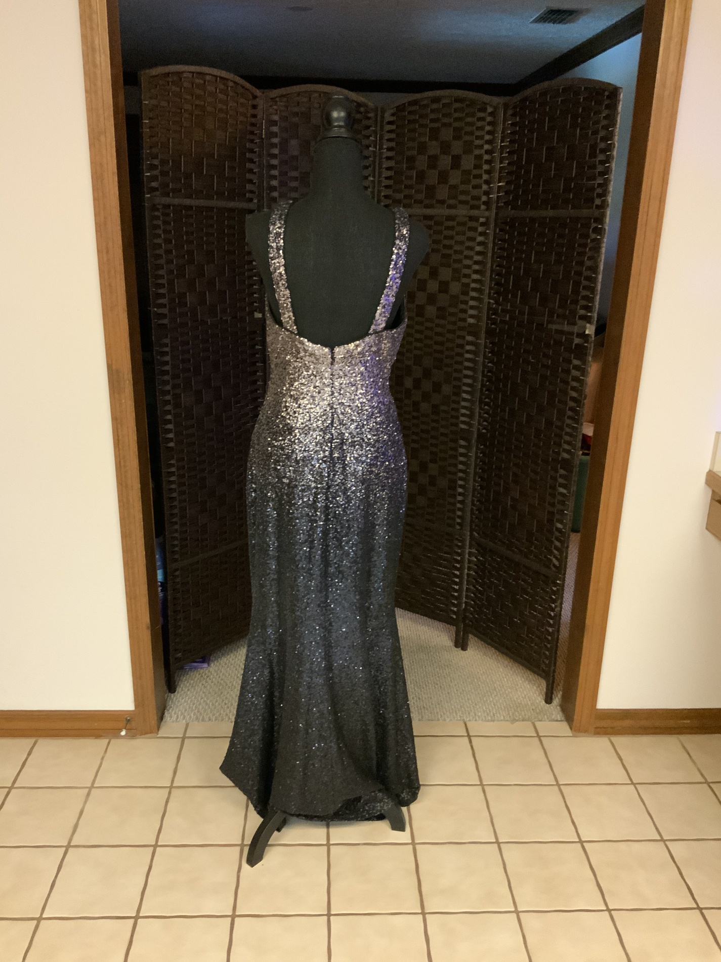 Black Size 8 Ball gown on Queenly