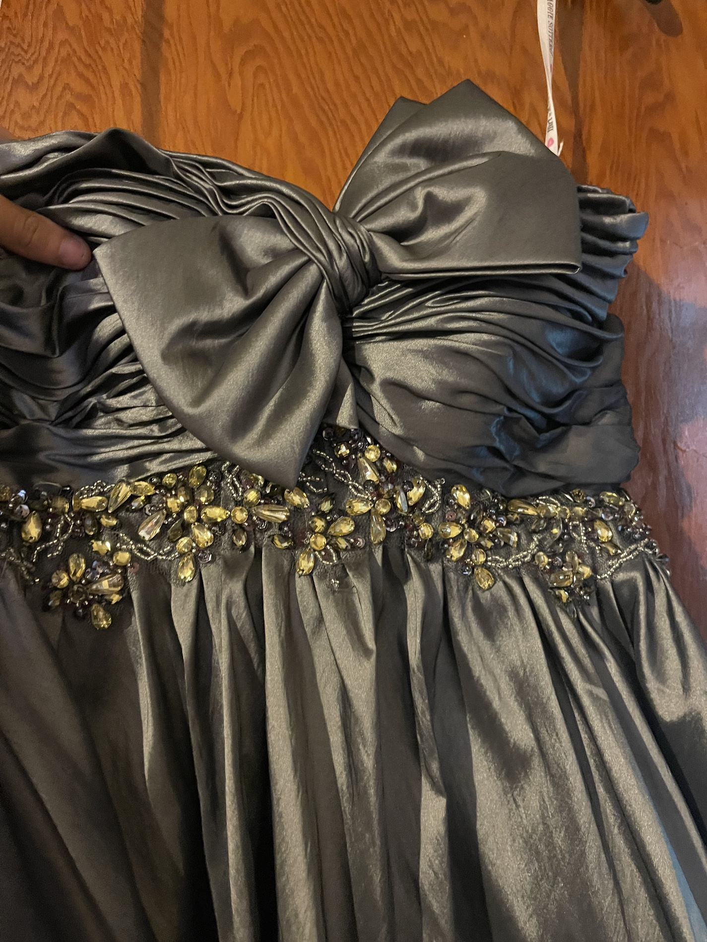 Silver Size 0 Ball gown on Queenly