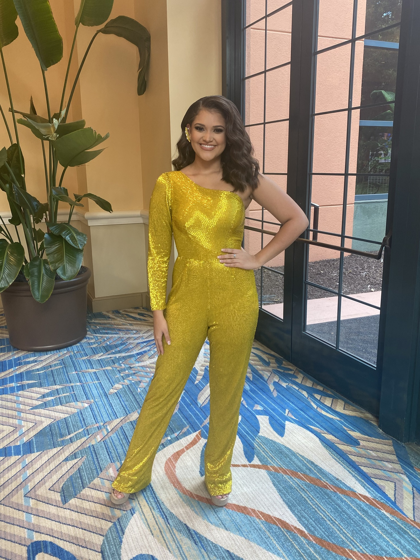 Ashley Lauren Yellow Size 0 Fun Fashion Interview Jumpsuit Dress on Queenly
