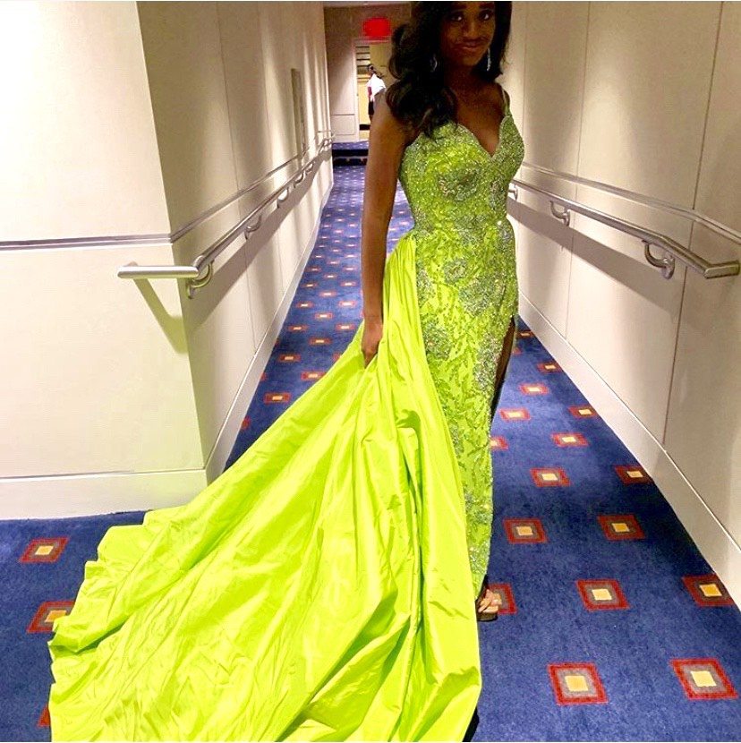 Sherri Hill Green Size 2 Pageant Train Lime Side slit Dress on Queenly