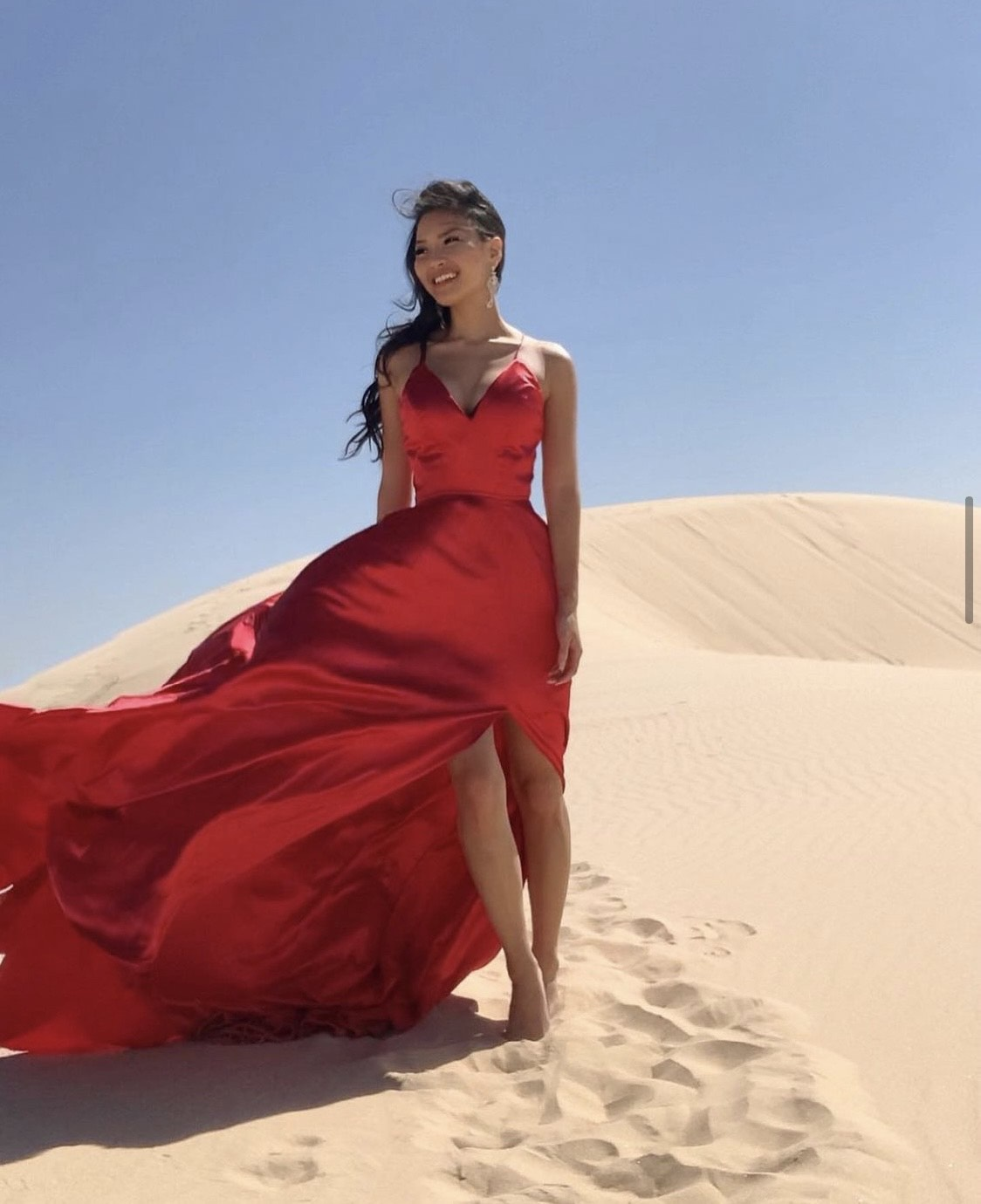 Faviana Red Size 00 Prom Side slit Dress on Queenly