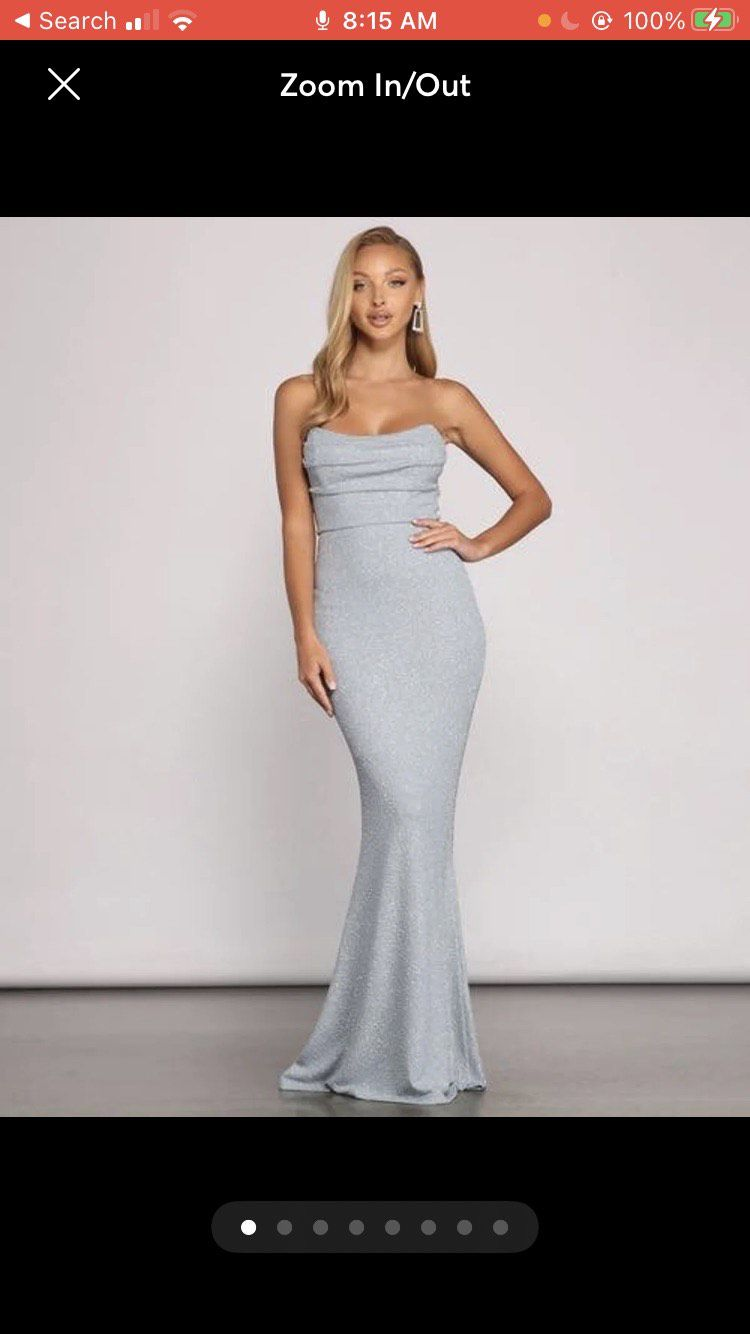 Windsor Silver Size 4 Mermaid Dress on Queenly