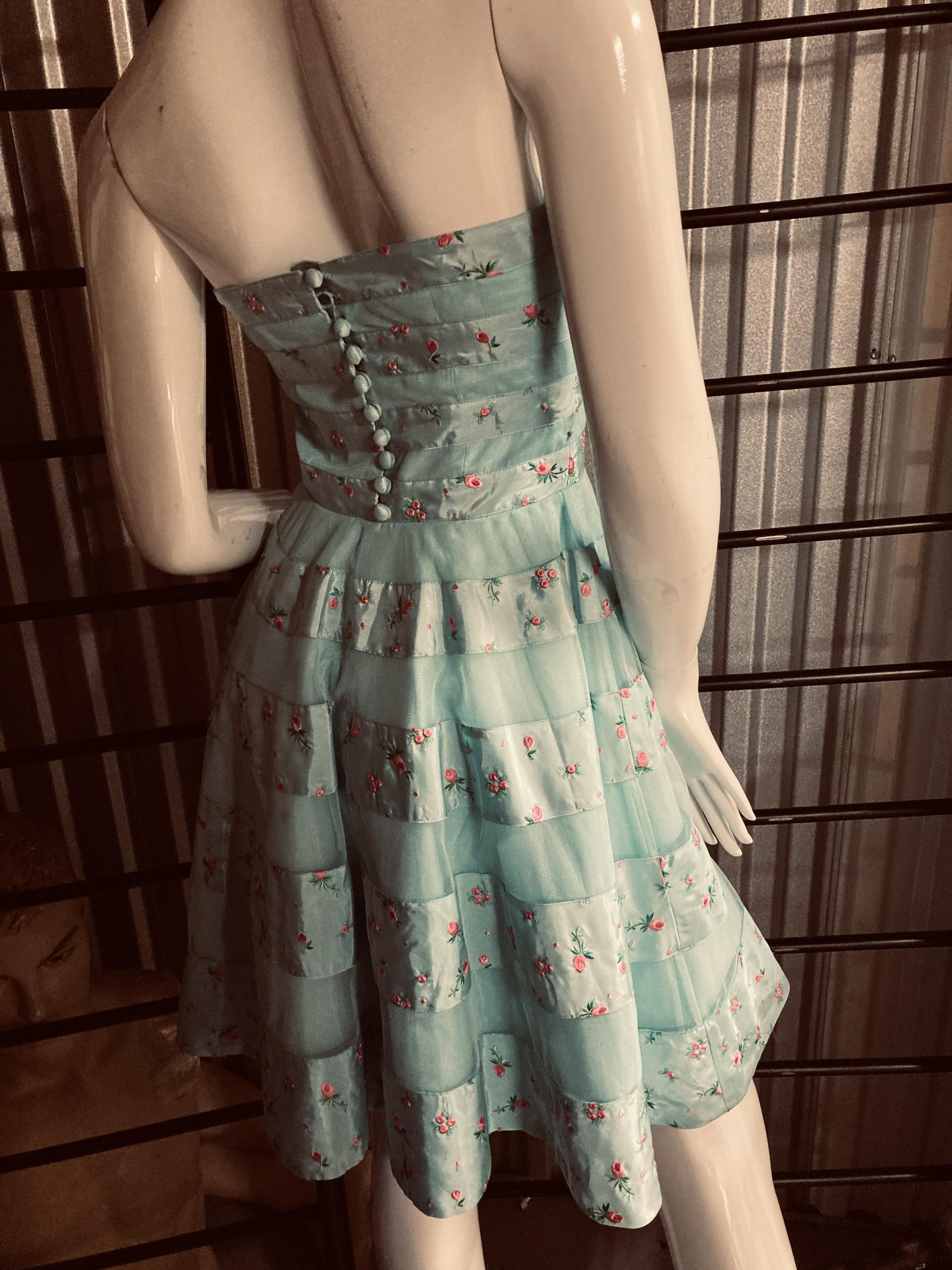 Betsey Johnson Light Blue Size 2 Party Wedding Guest A-line Dress on Queenly