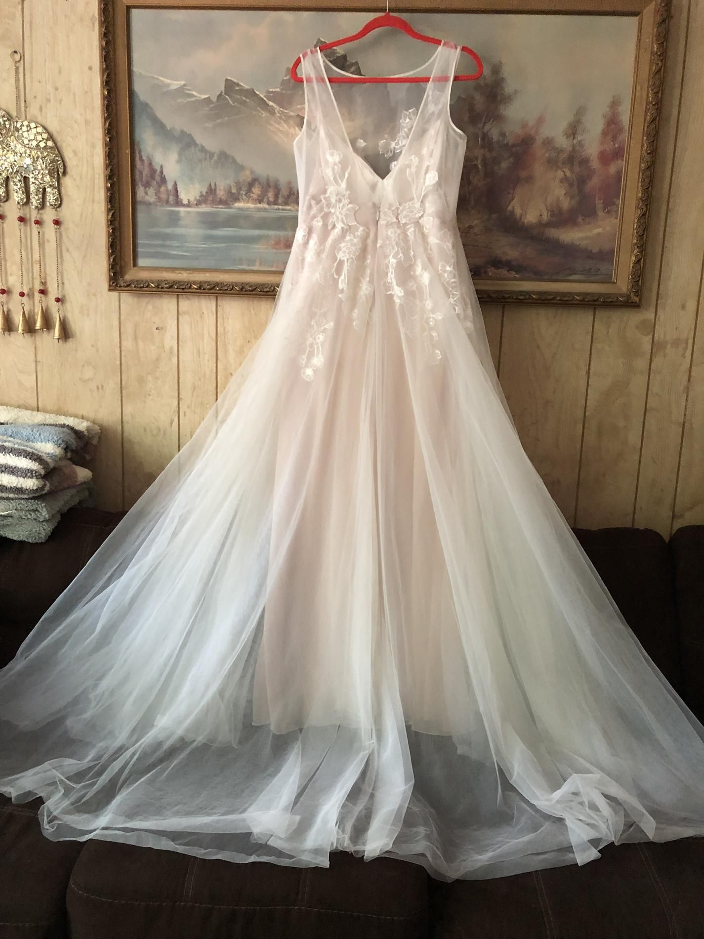 David's Bridal Nude Size 12 Boat Neck Train Sheer Lace Ball gown on Queenly