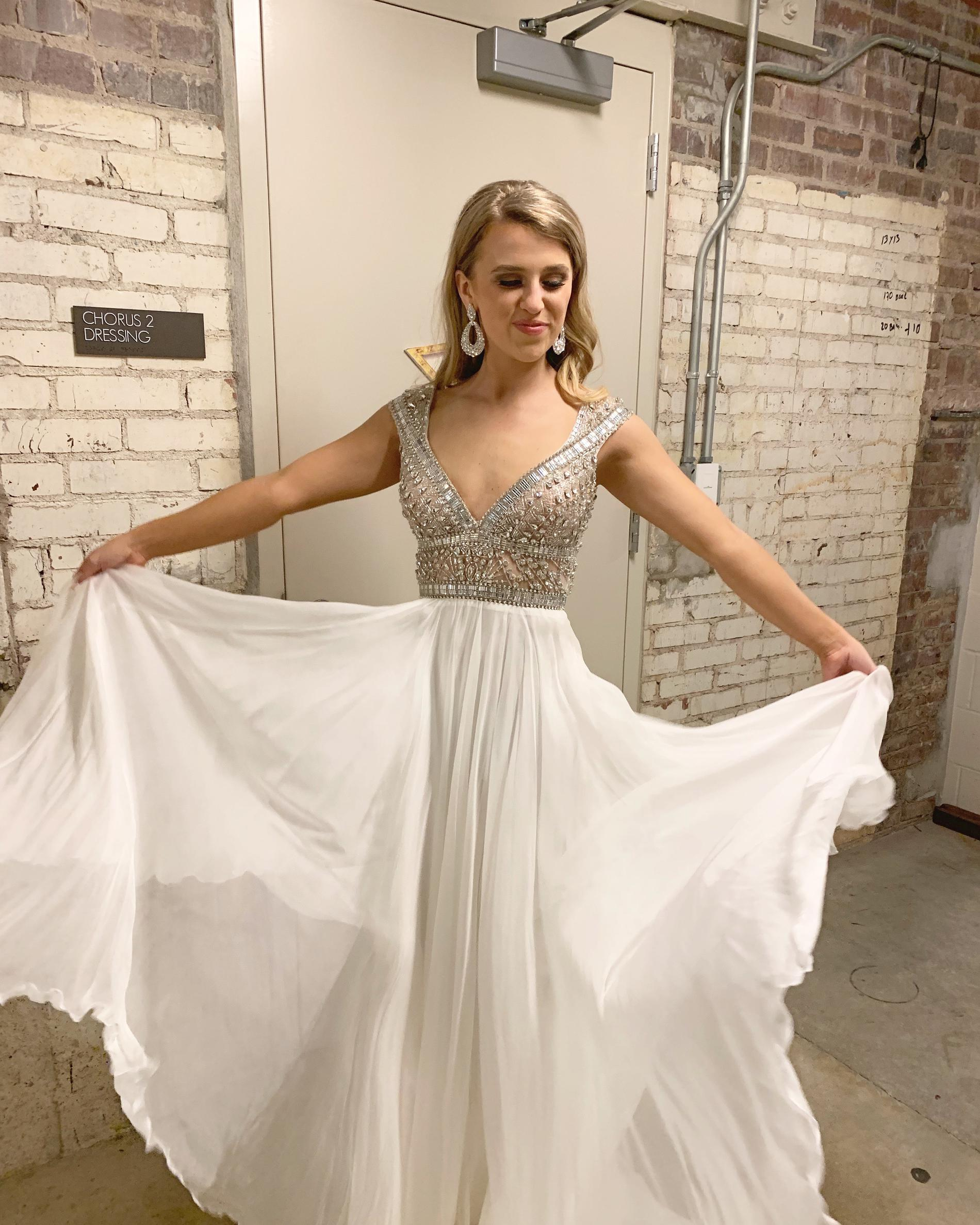 Johnathan Kayne White Size 2 Sequin Pageant Beaded Top A-line Dress on Queenly