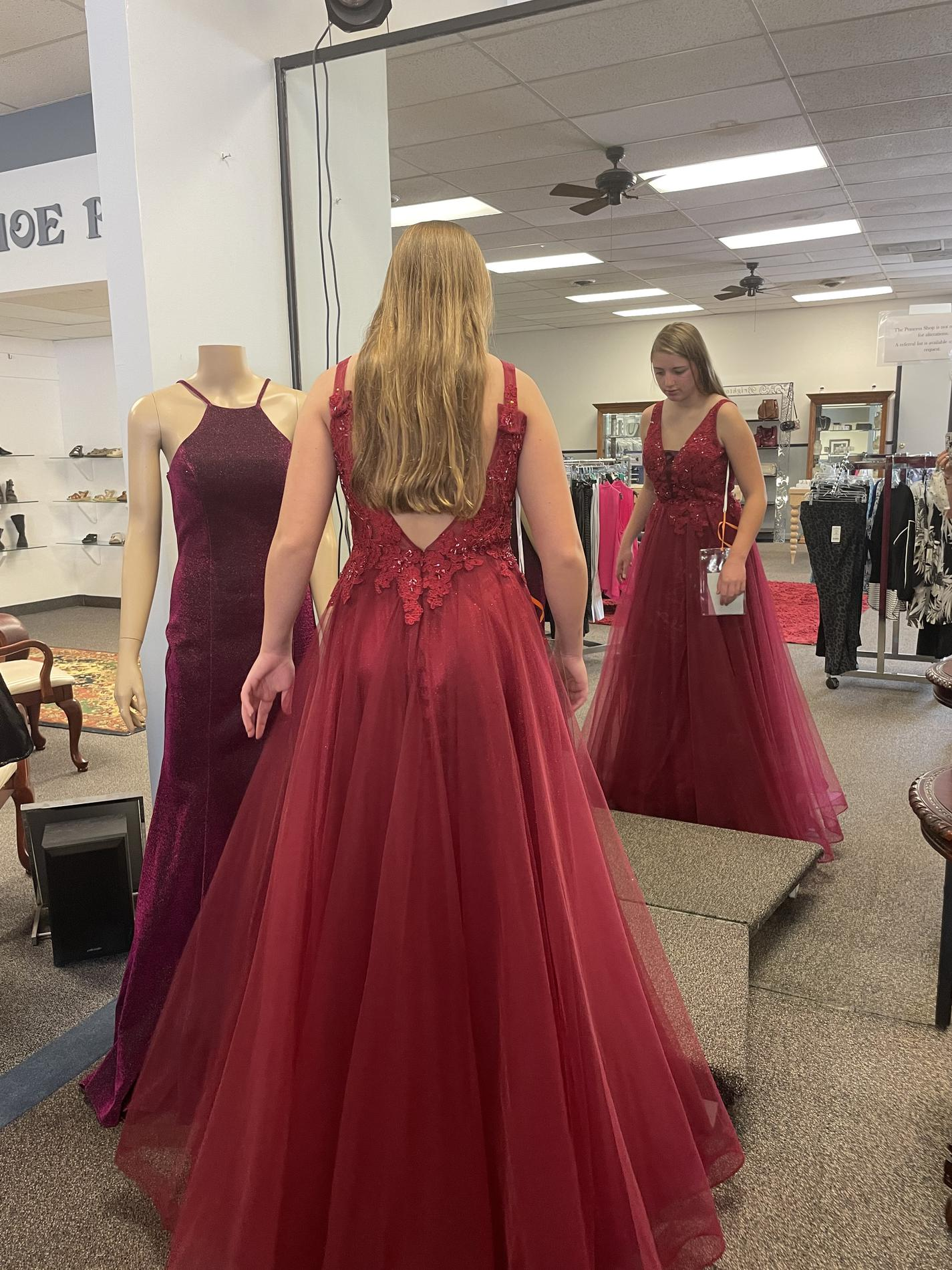 Red Size 10 Ball gown on Queenly