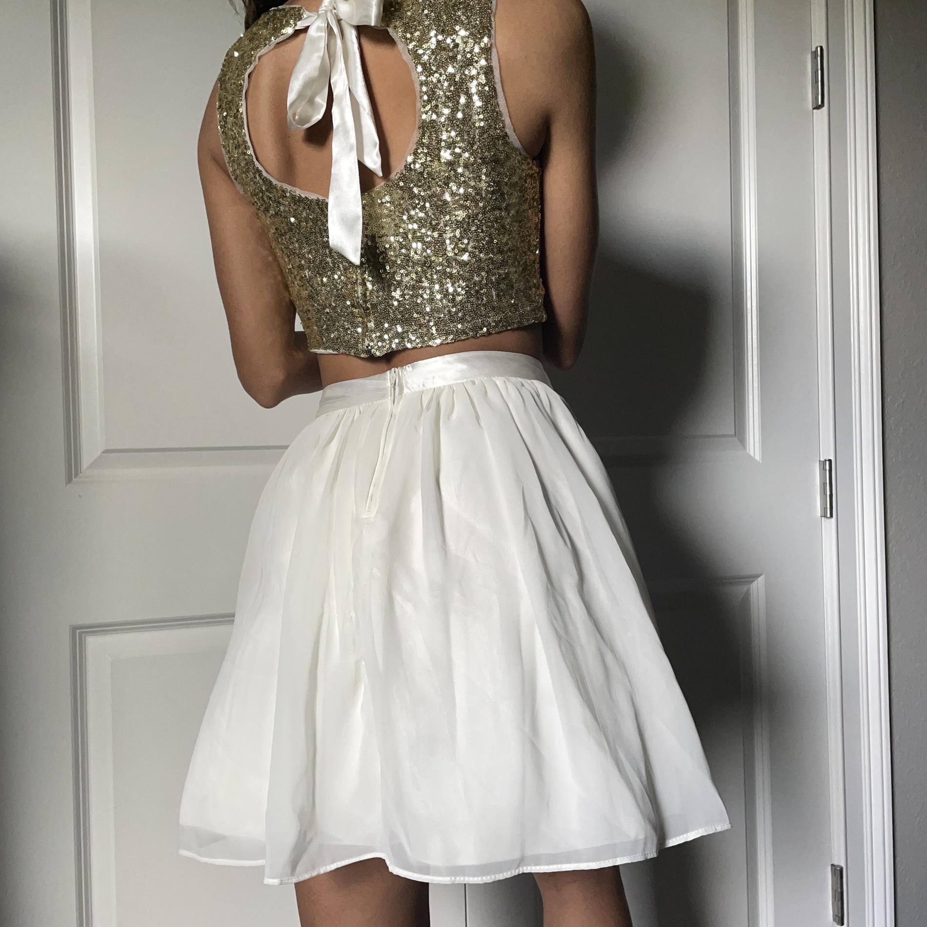 B. Darlin Gold Size 2 Homecoming Flare Mermaid Dress on Queenly