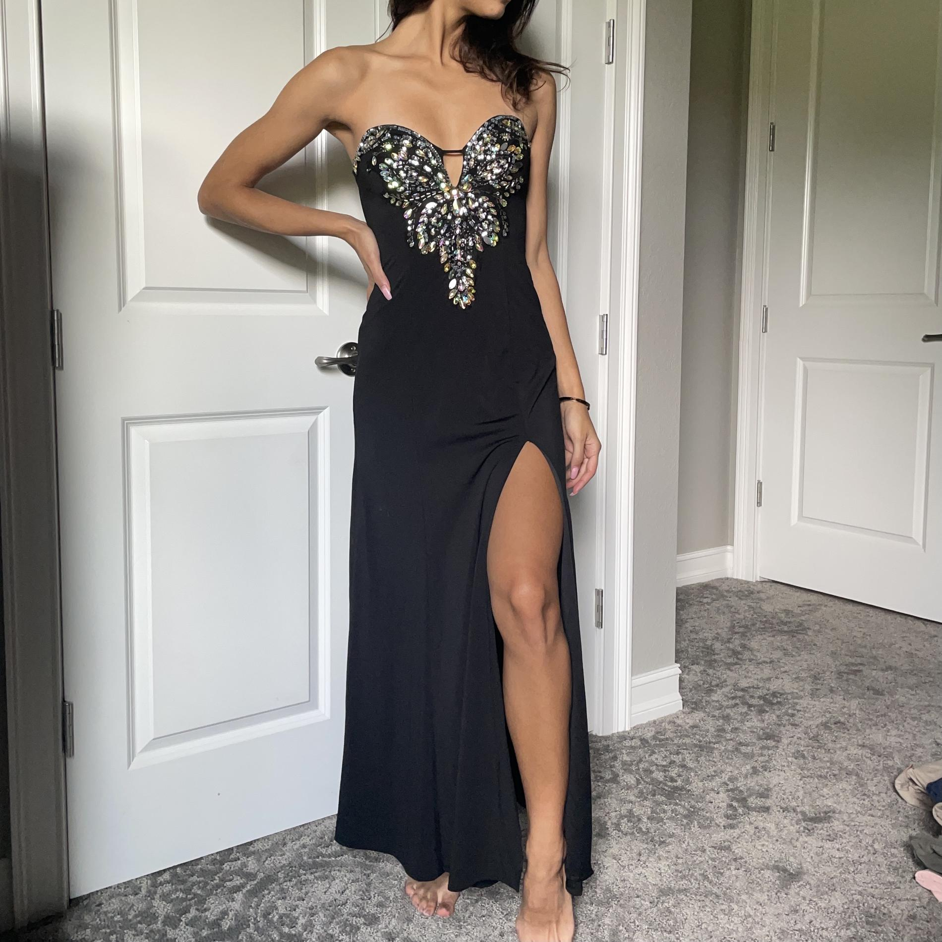 Masquerade Black Size 2 Jewelled Sweetheart Side slit Dress on Queenly