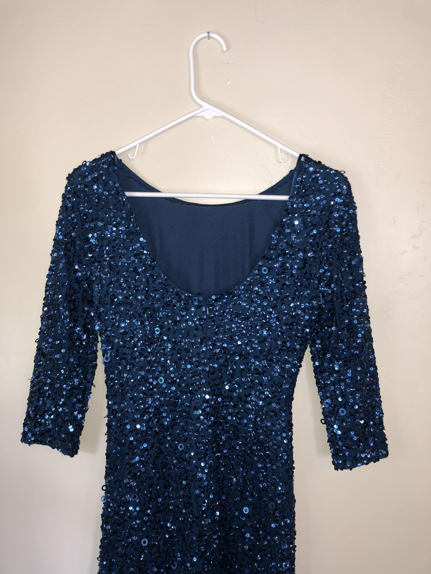 Adrianna Papell Blue Size 4 Sleeves Jewelled Straight Dress on Queenly