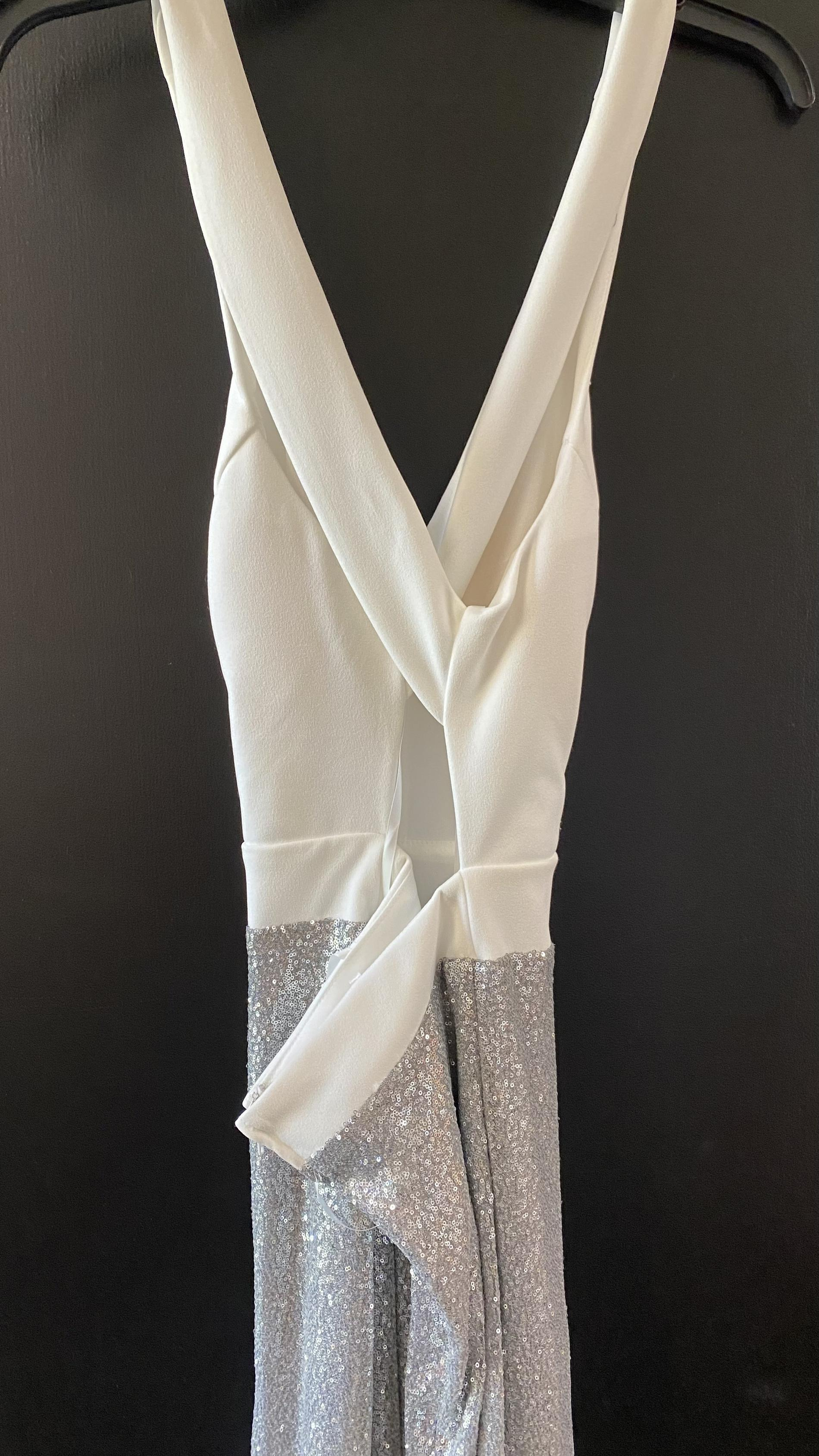 White Size 6 Side slit Dress on Queenly