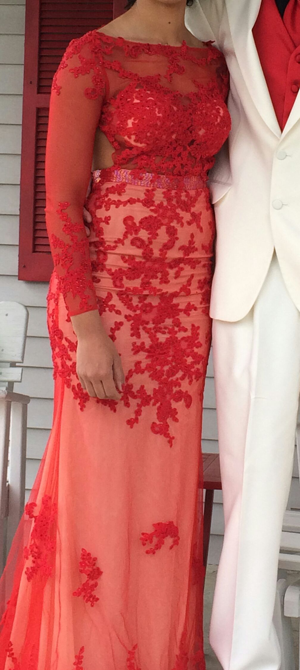 Mac Duggal Red Size 4 Nude Sheer Lace Train Dress on Queenly