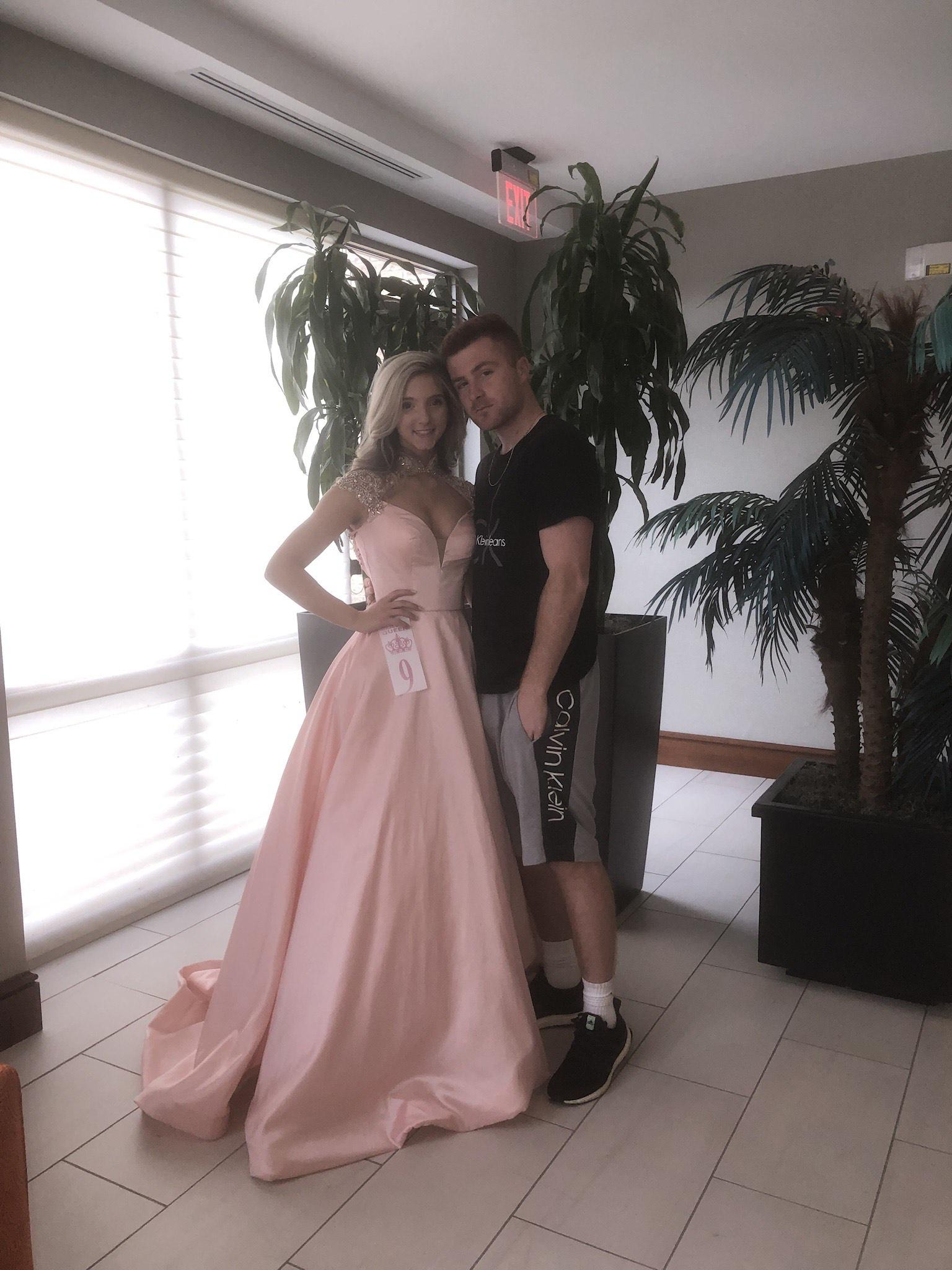 Sherri Hill Pink Size 00 Cap Sleeve Prom Pageant Ball gown on Queenly