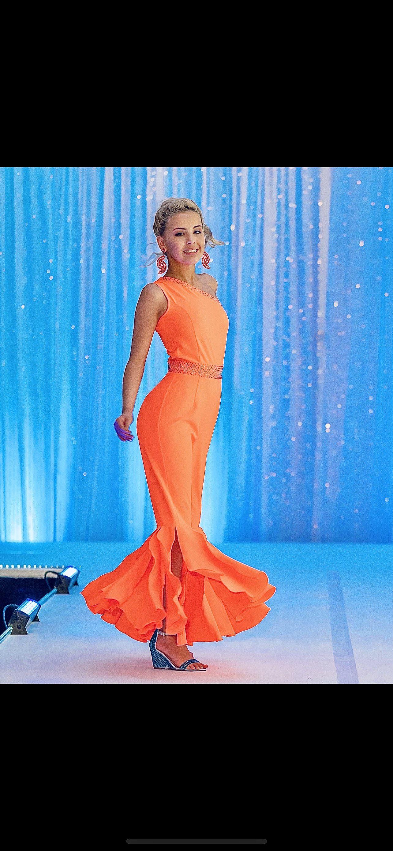 Orange Size 00 Jumpsuit Dress on Queenly