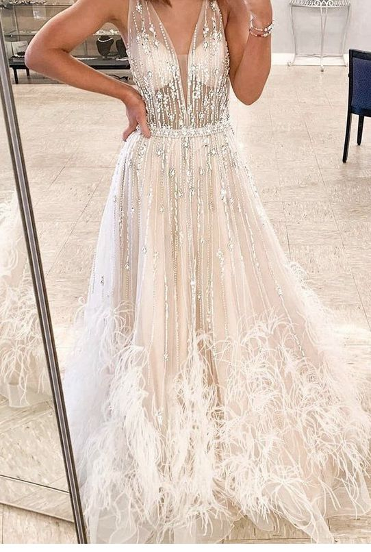 Style 1902 Ashley Lauren White Size 6 Feather V Neck Wedding A-line Dress on Queenly