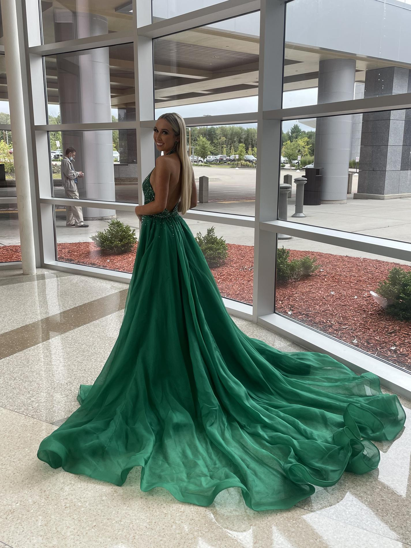 Jovani Green Size 4 Emerald Train Custom Pageant Straight Dress on Queenly