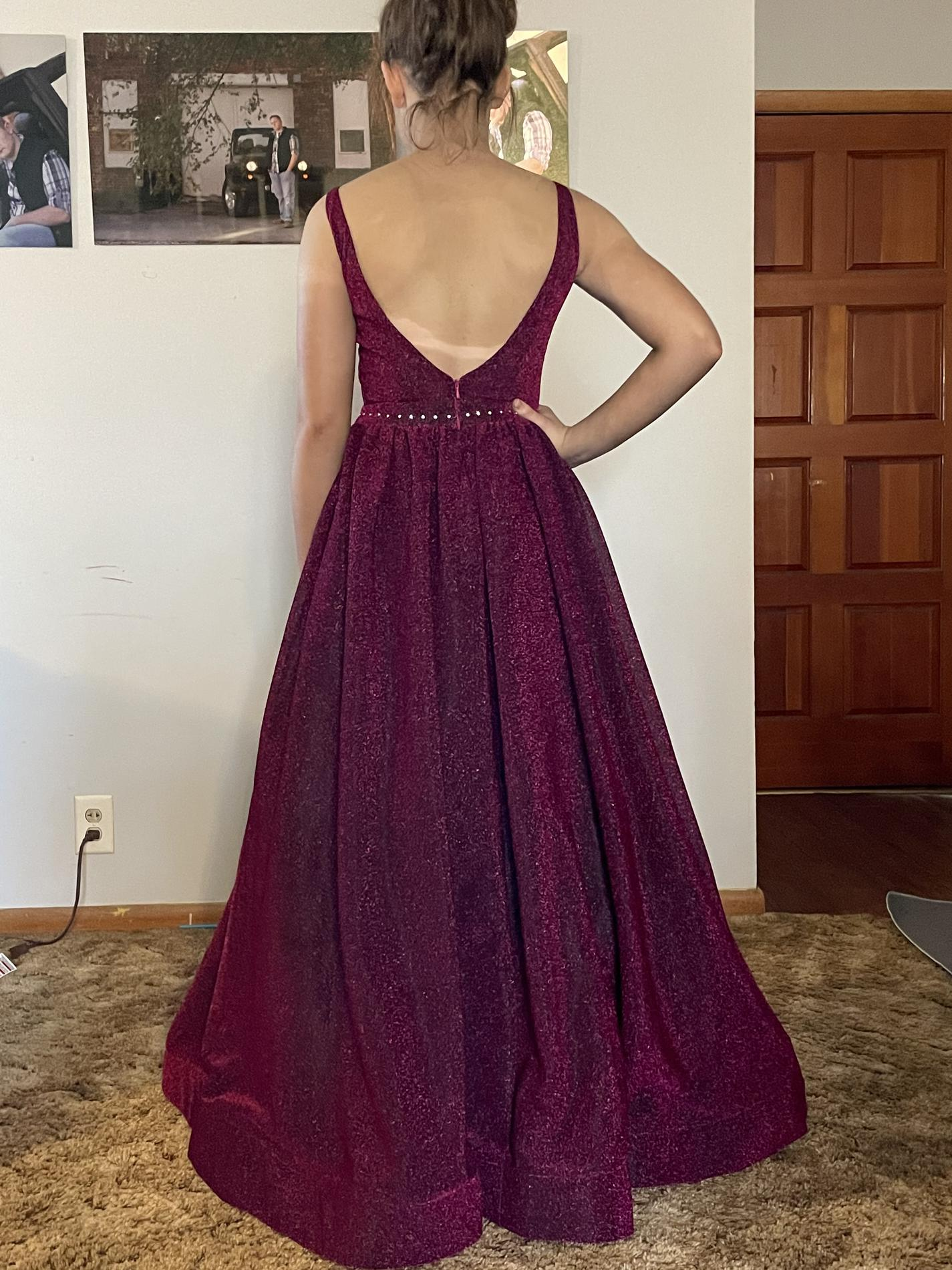 Lucci Lu Red Size 2 Prom Backless A-line Dress on Queenly