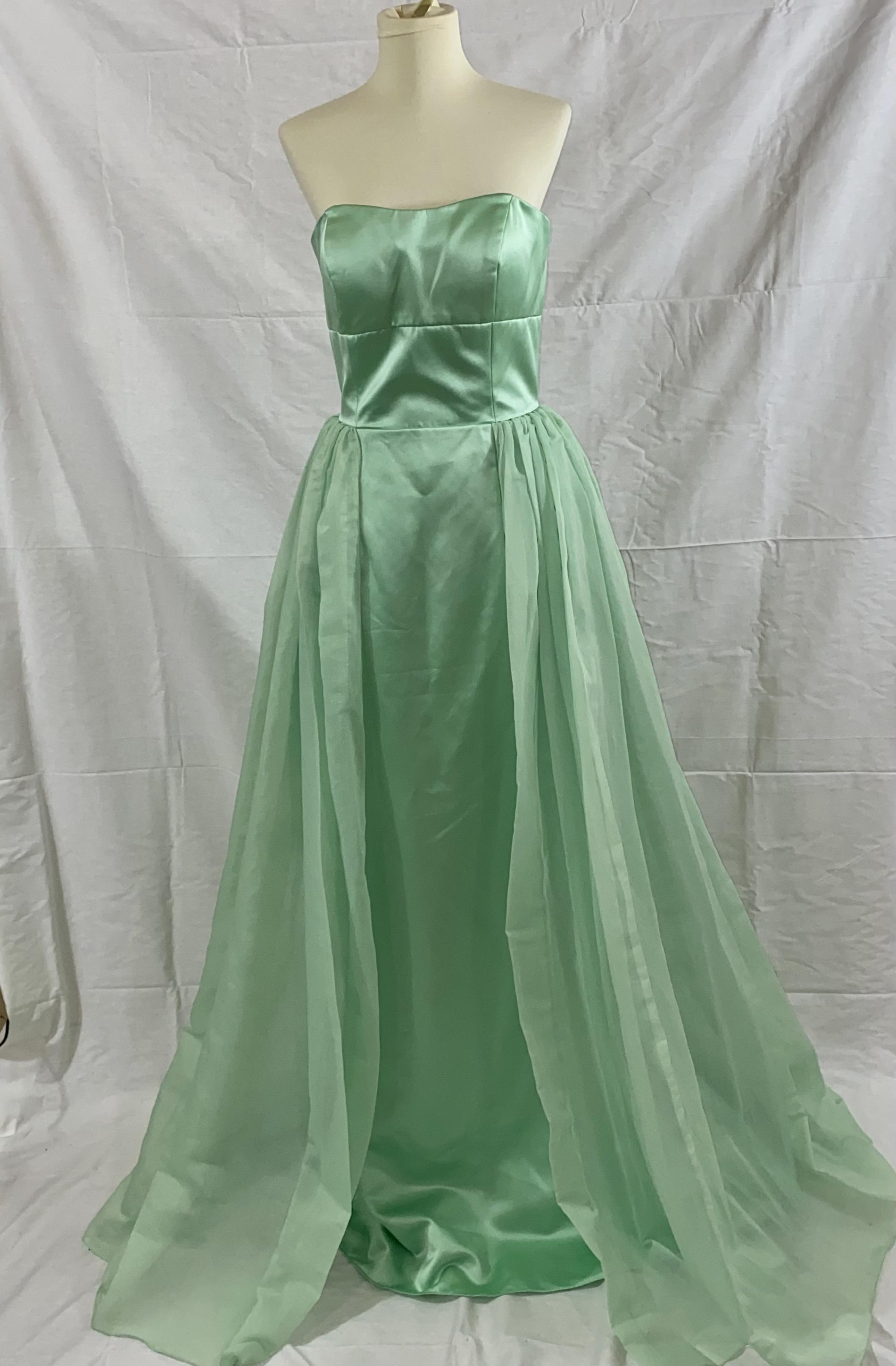 Sherri Hill Green Size 4 Prom Wedding Guest Bridesmaid Straight Dress on Queenly