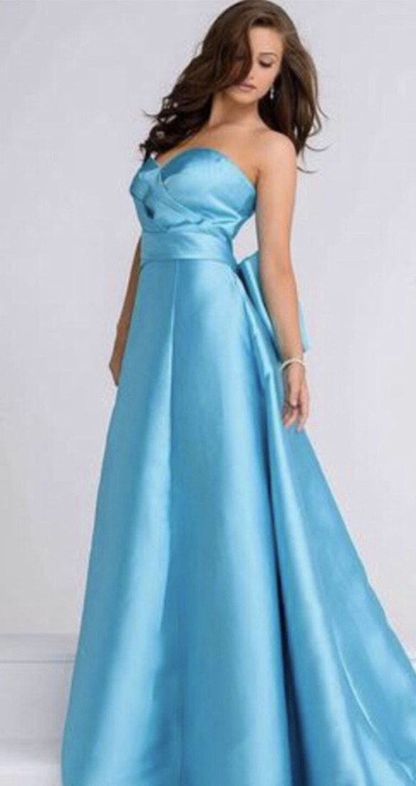 Jovani Blue Size 4 Strapless Ball gown on Queenly