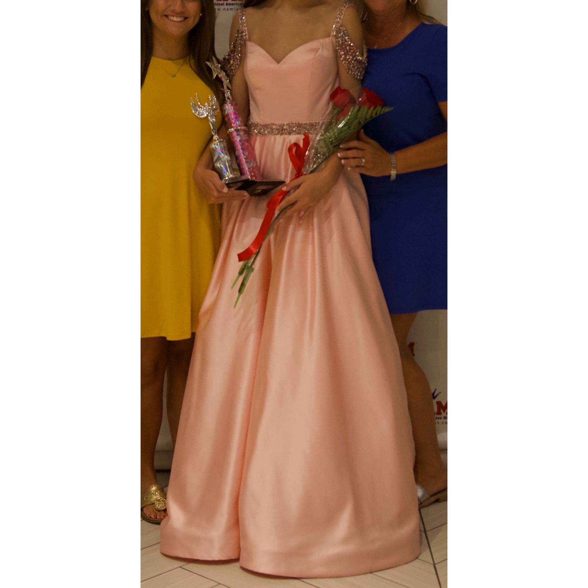 Style 51613 Sherri Hill Pink Size 00 Short Height Prom Train Ball gown on Queenly