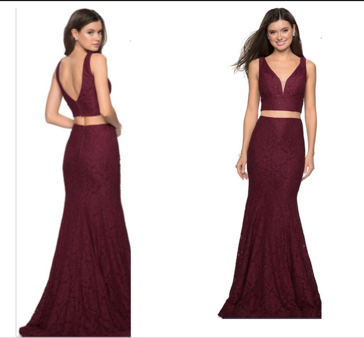 La Femme Red Size 4 Burgundy Plunge Prom Wedding Guest Straight Dress on Queenly