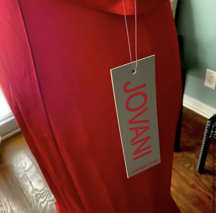 Jovani Red Size 4 Prom Wedding Guest Straight Dress on Queenly