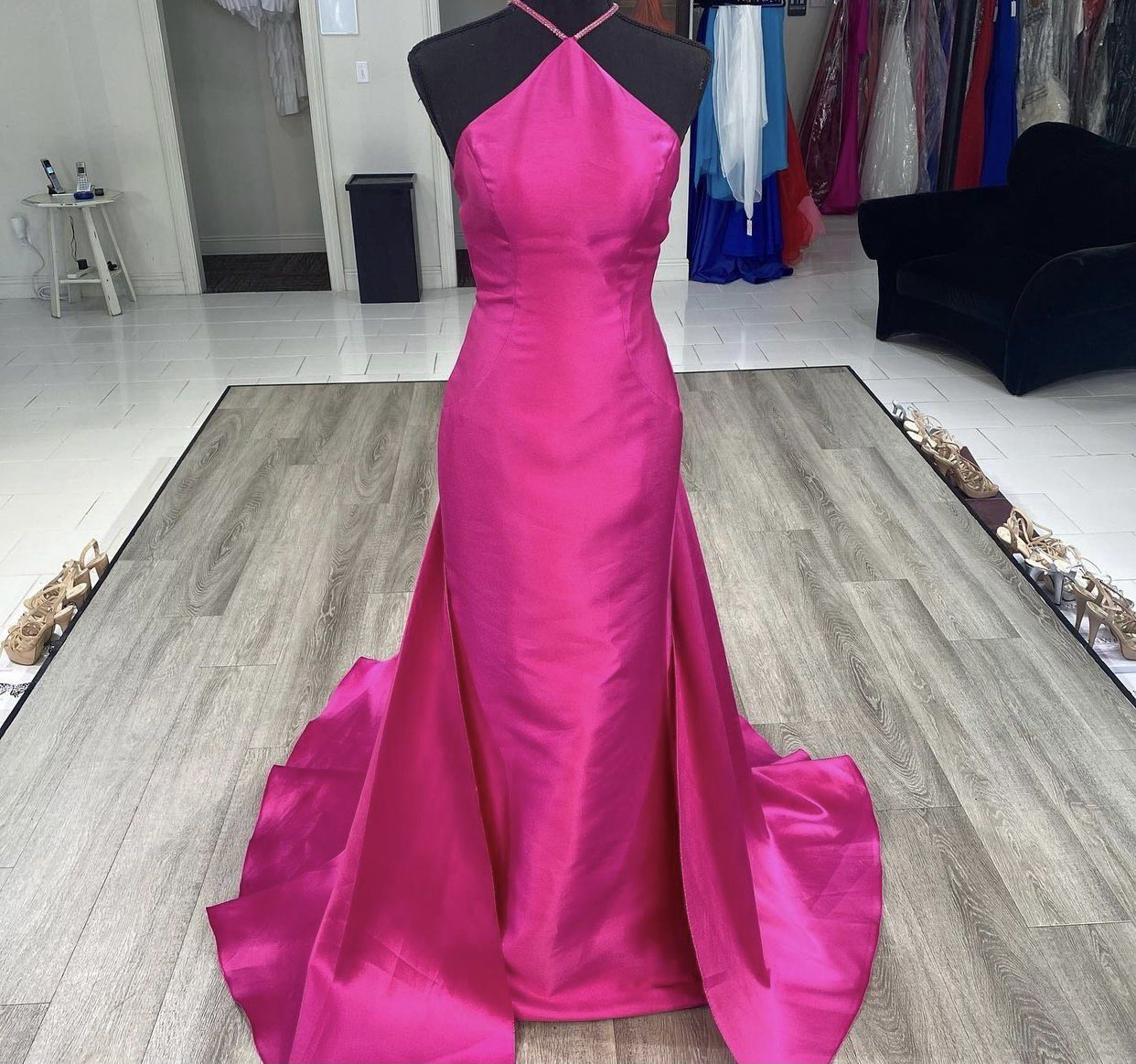 Terani Couture Pink Size 2 Halter Pageant Prom Train A-line Dress on Queenly