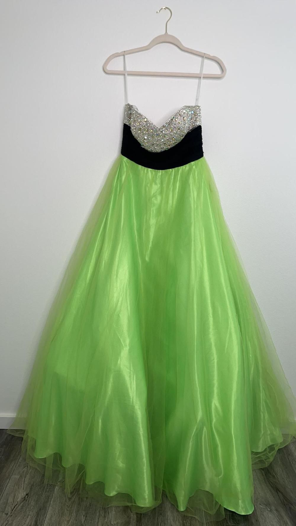 Johnathan Kayne Green Size 8 Strapless Embroidery Ball gown on Queenly