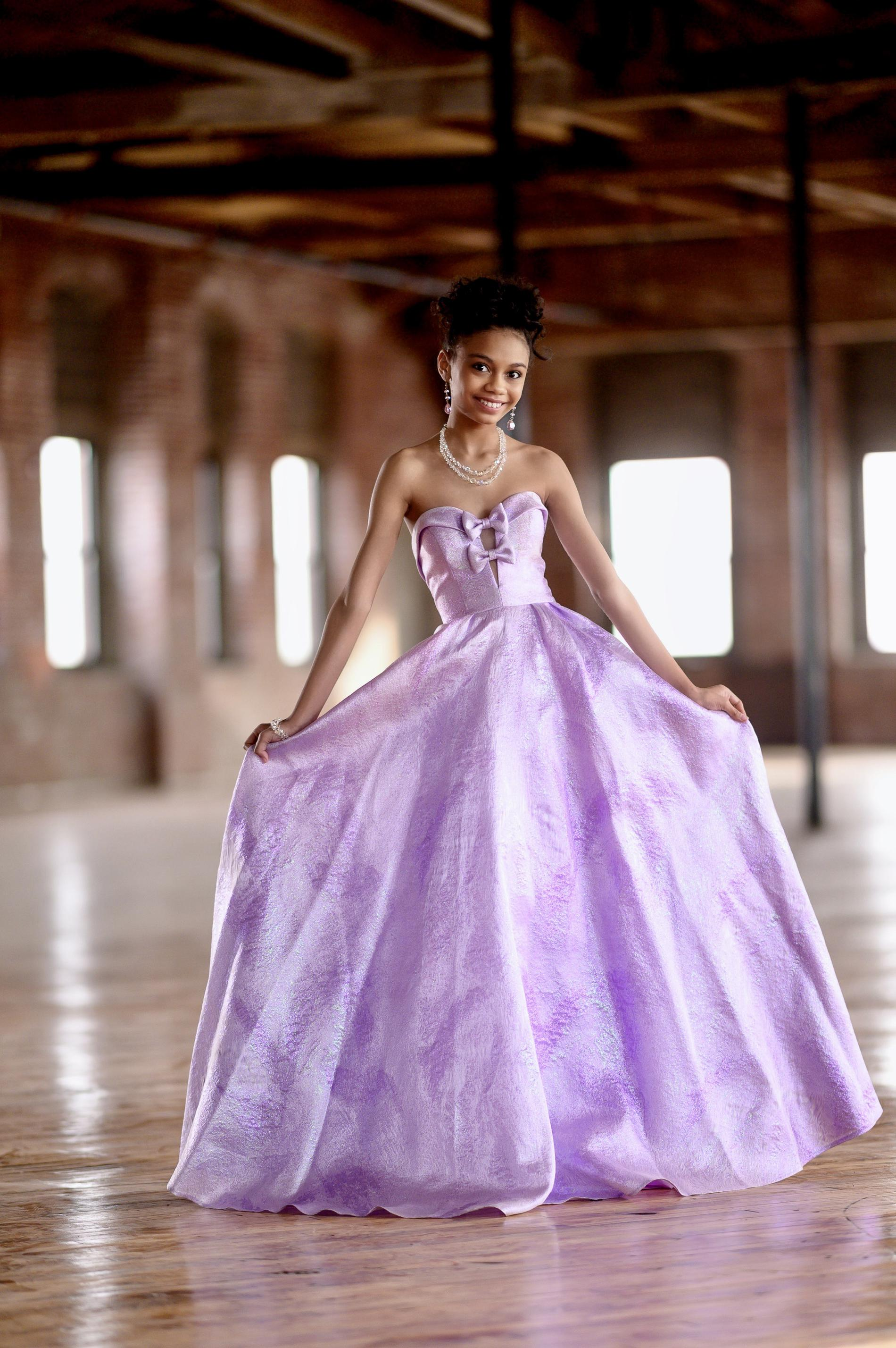 Style 20068 Angela & Alison Purple Size 0 Strapless Print Pageant Ball gown on Queenly