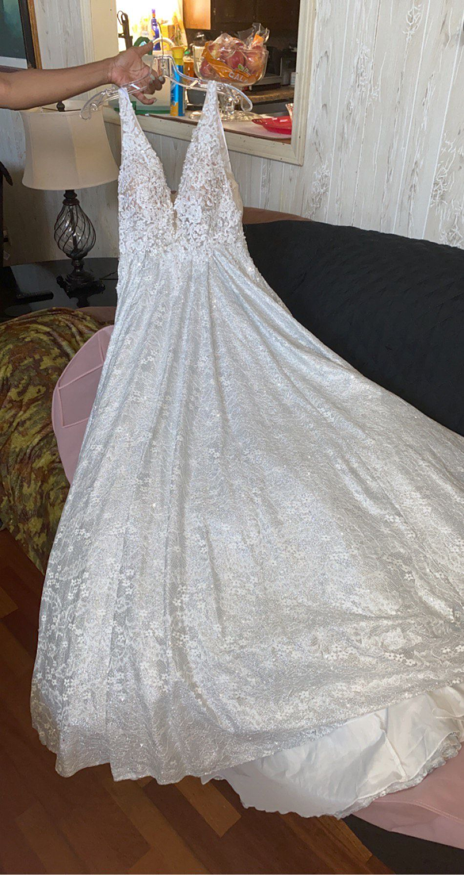 Mori Lee White Size 6 Winter Formal Lace V Neck Wedding Homecoming Ball gown on Queenly