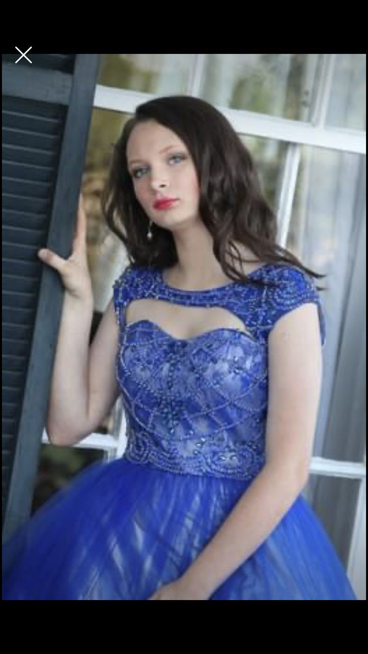 Cinderella Divine Royal Blue Size 4 Beaded Top Pageant Ball gown on Queenly