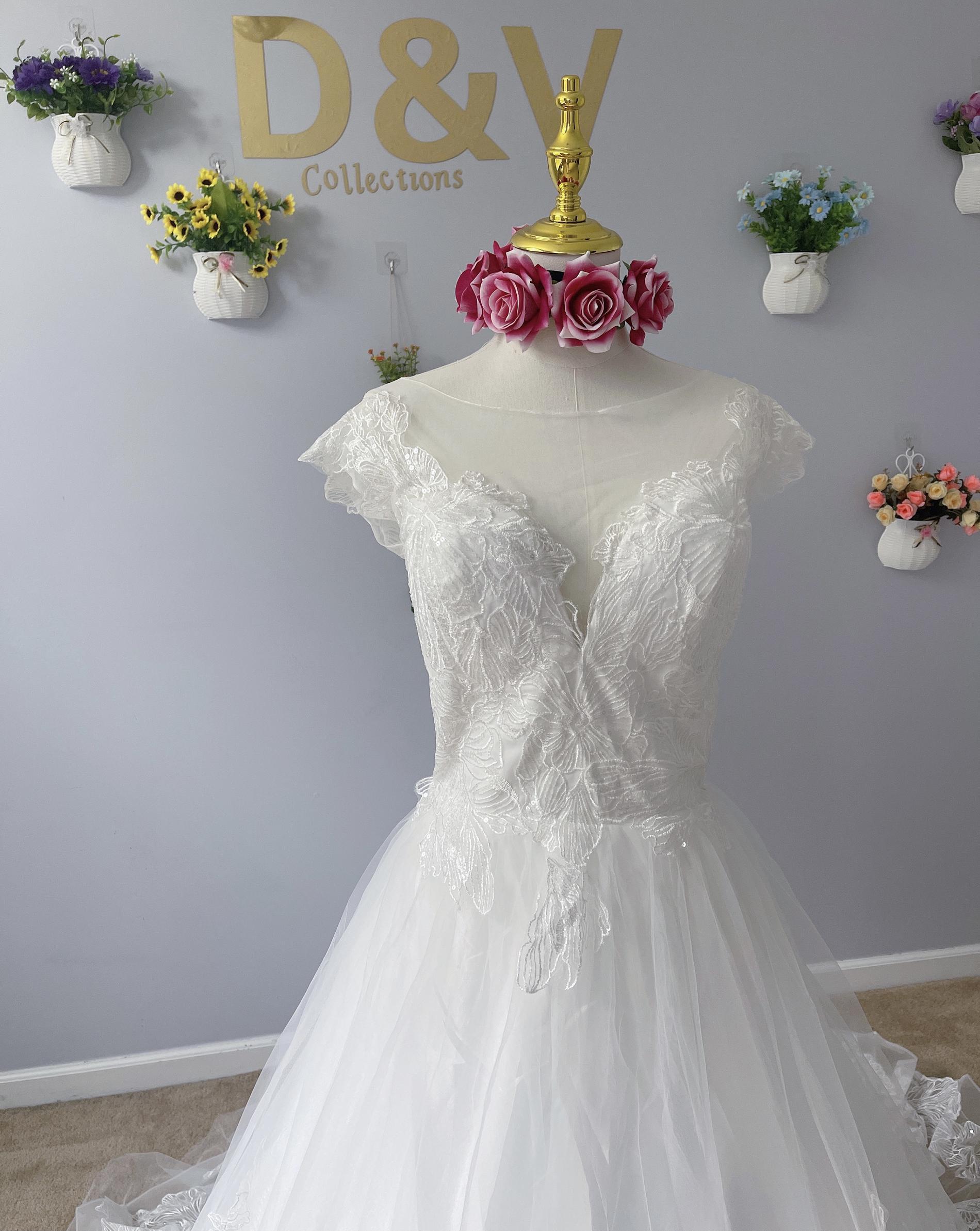 D&V White Size 12 Dandv Wedding Boat Neck A-line Dress on Queenly