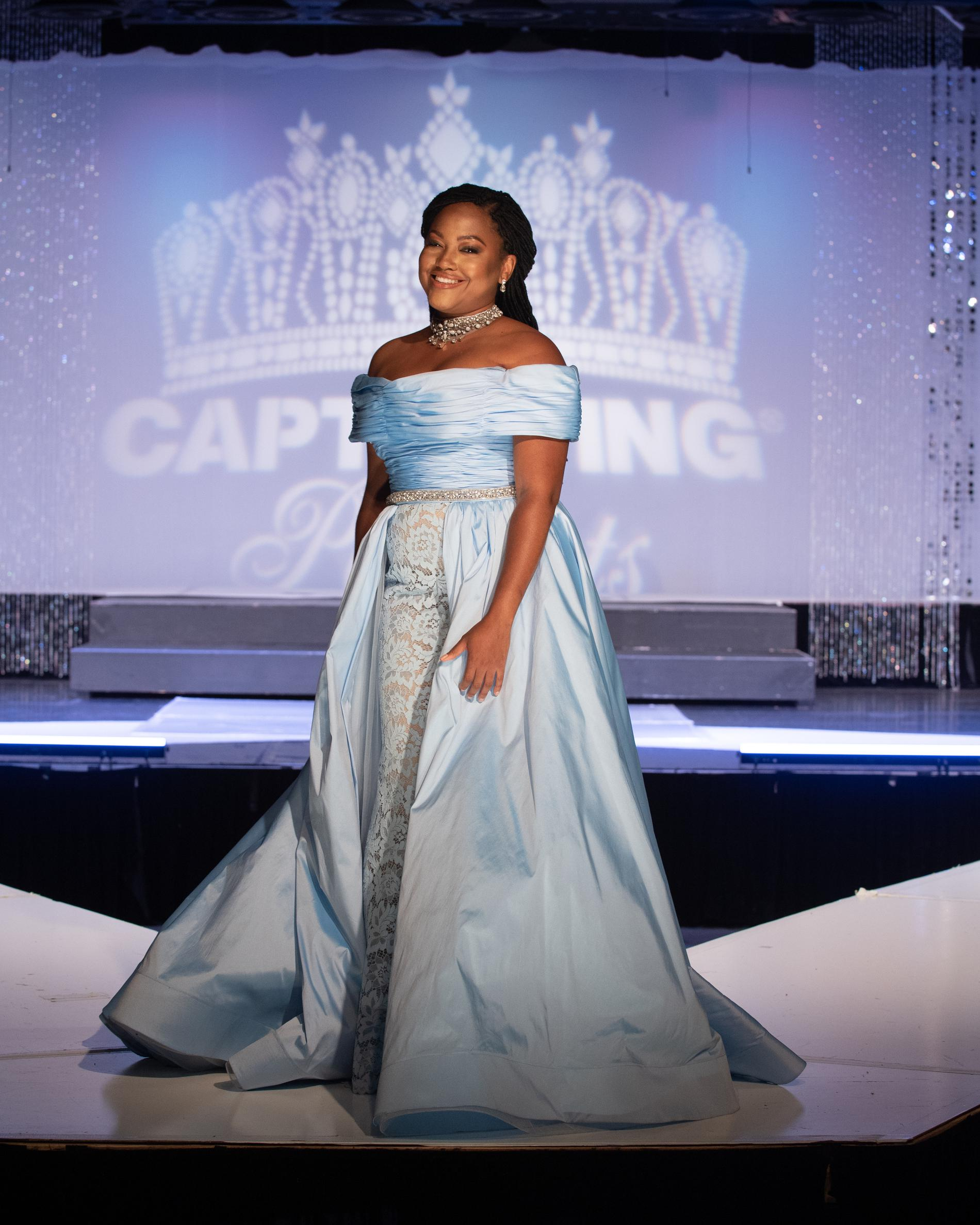 Blue Size 10 Ball gown on Queenly