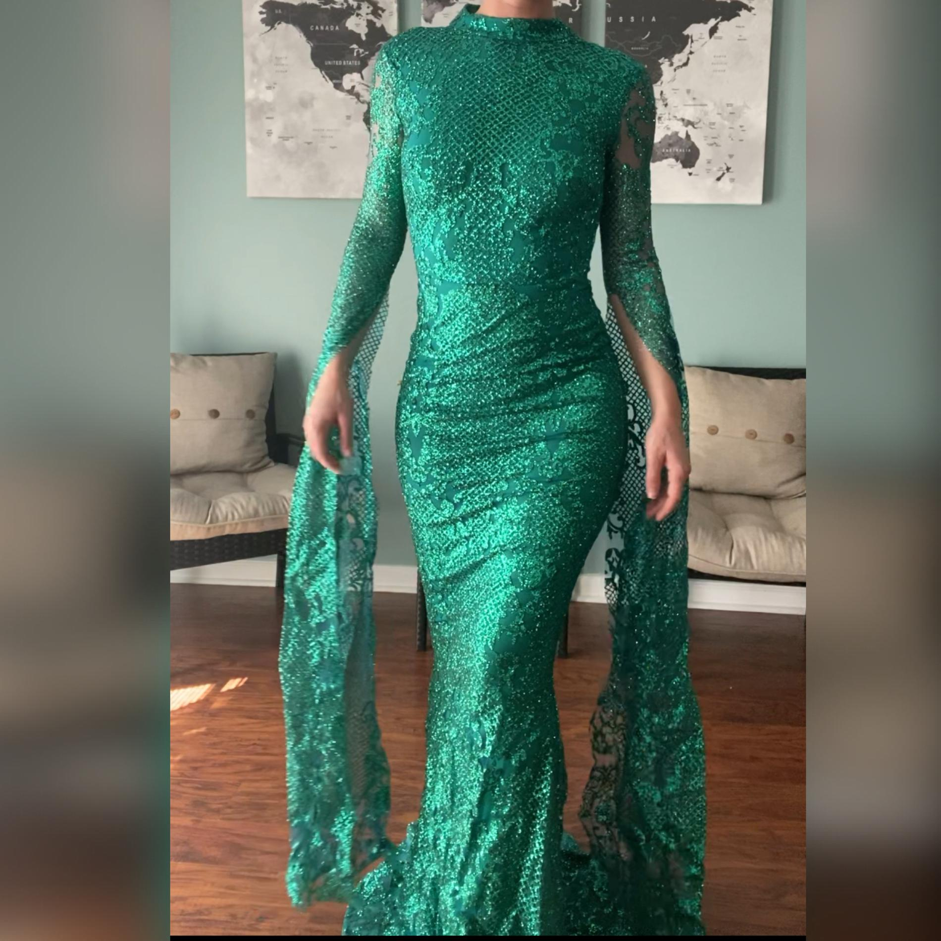 Portia & Scarlett Green Size 0 Fitted Pageant Mermaid Dress on Queenly