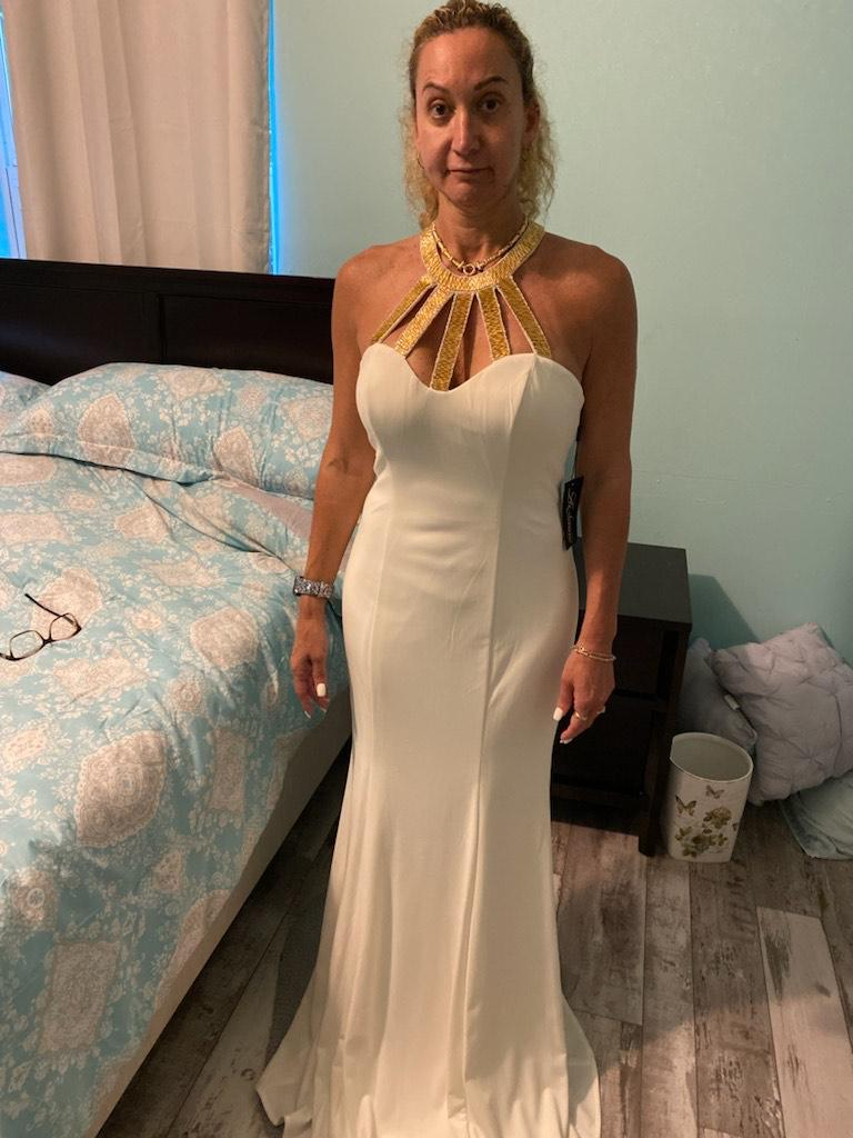 La Femme White Size 8 Embroidery Wedding Straight Dress on Queenly