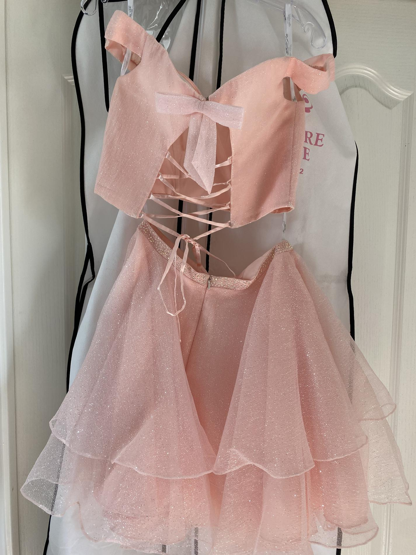 Ellie Wilde Light Pink Size 2 Homecoming A-line Dress on Queenly