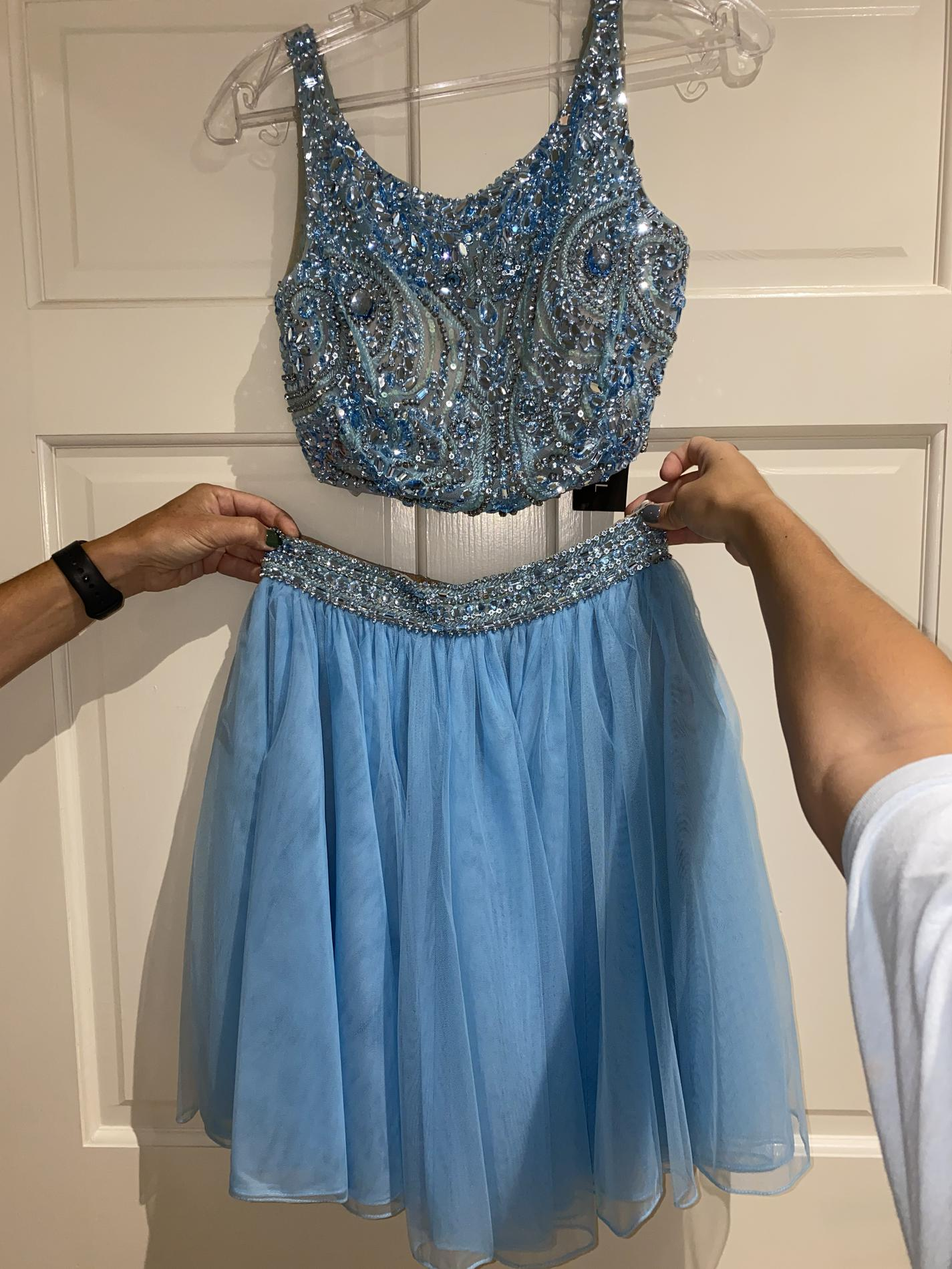 Sherri Hill Blue Size 4 Two Piece Embroidery Homecoming Boat Neck Cocktail Dress on Queenly
