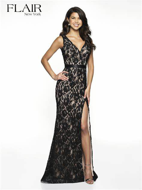 Style 19011 Flair Prom  Black Size 2 Lace Nude Side slit Dress on Queenly