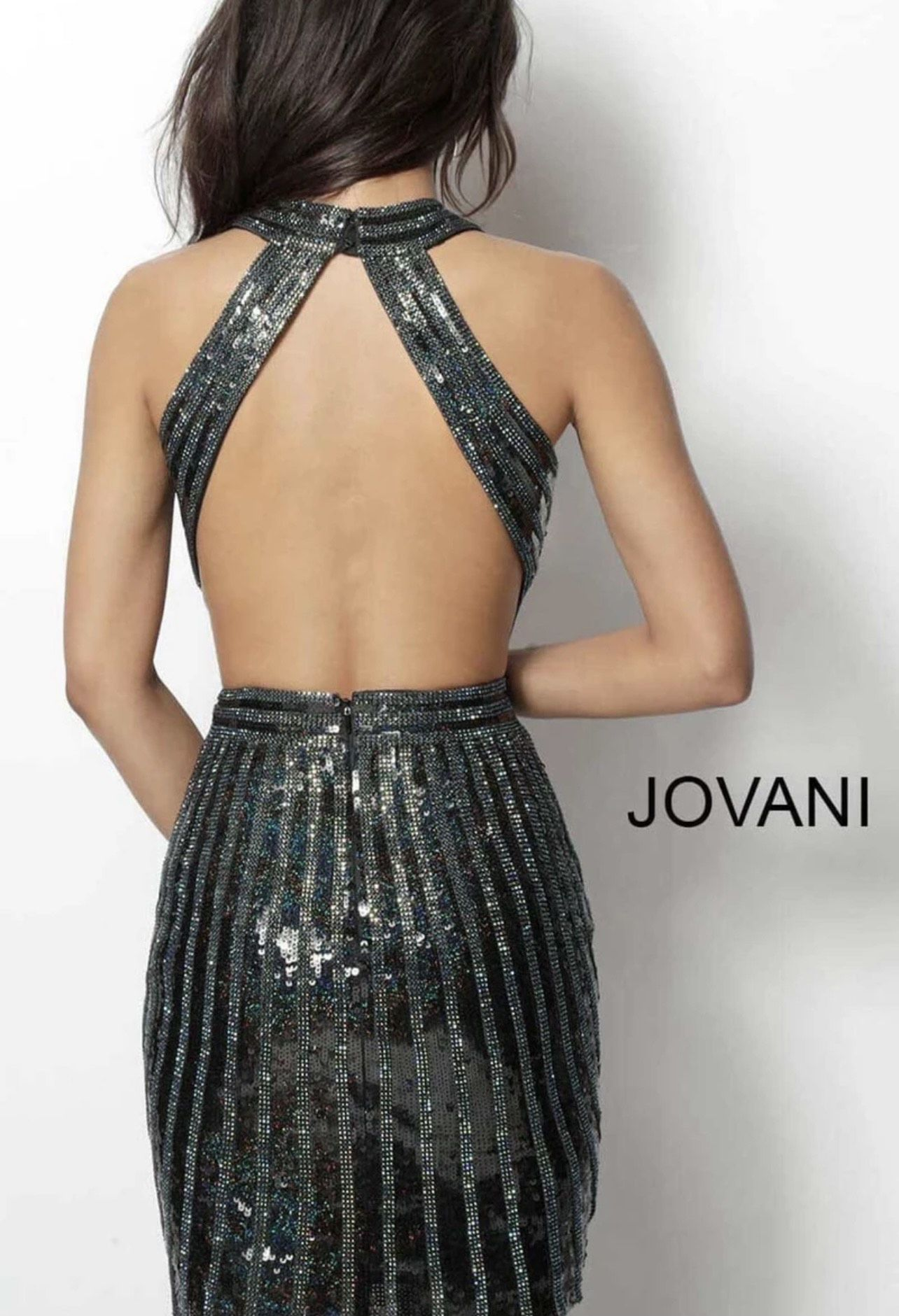 Jovani Silver Size 0 Homecoming Halter Cocktail Dress on Queenly