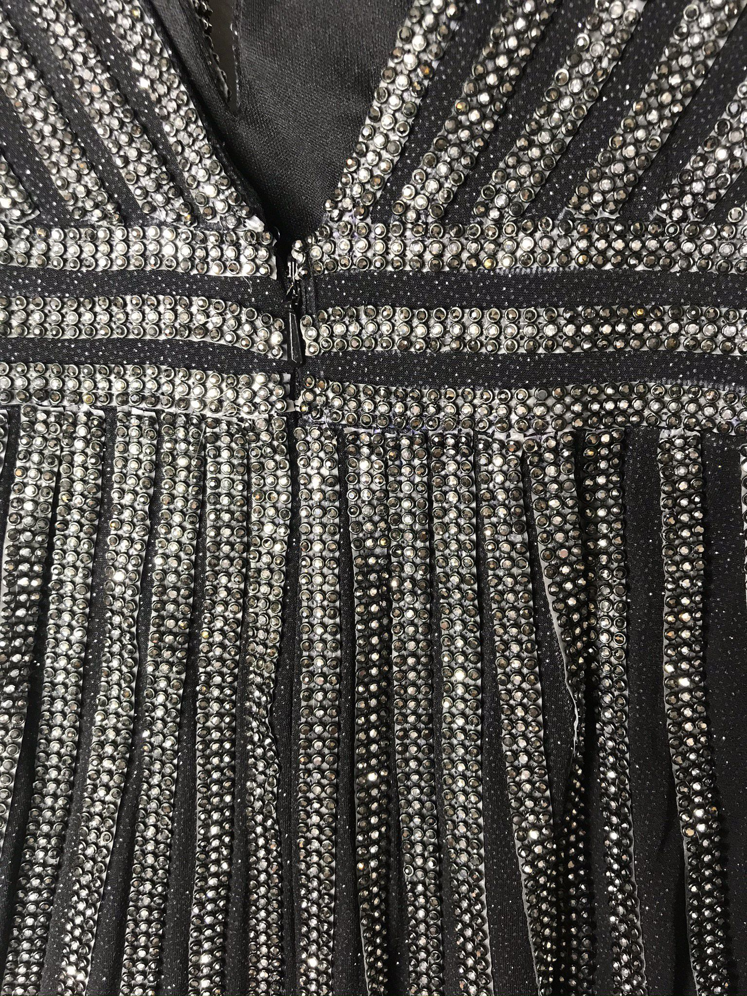 Jovani Black Size 4 Fitted Fully-beaded Cocktail Dress on Queenly