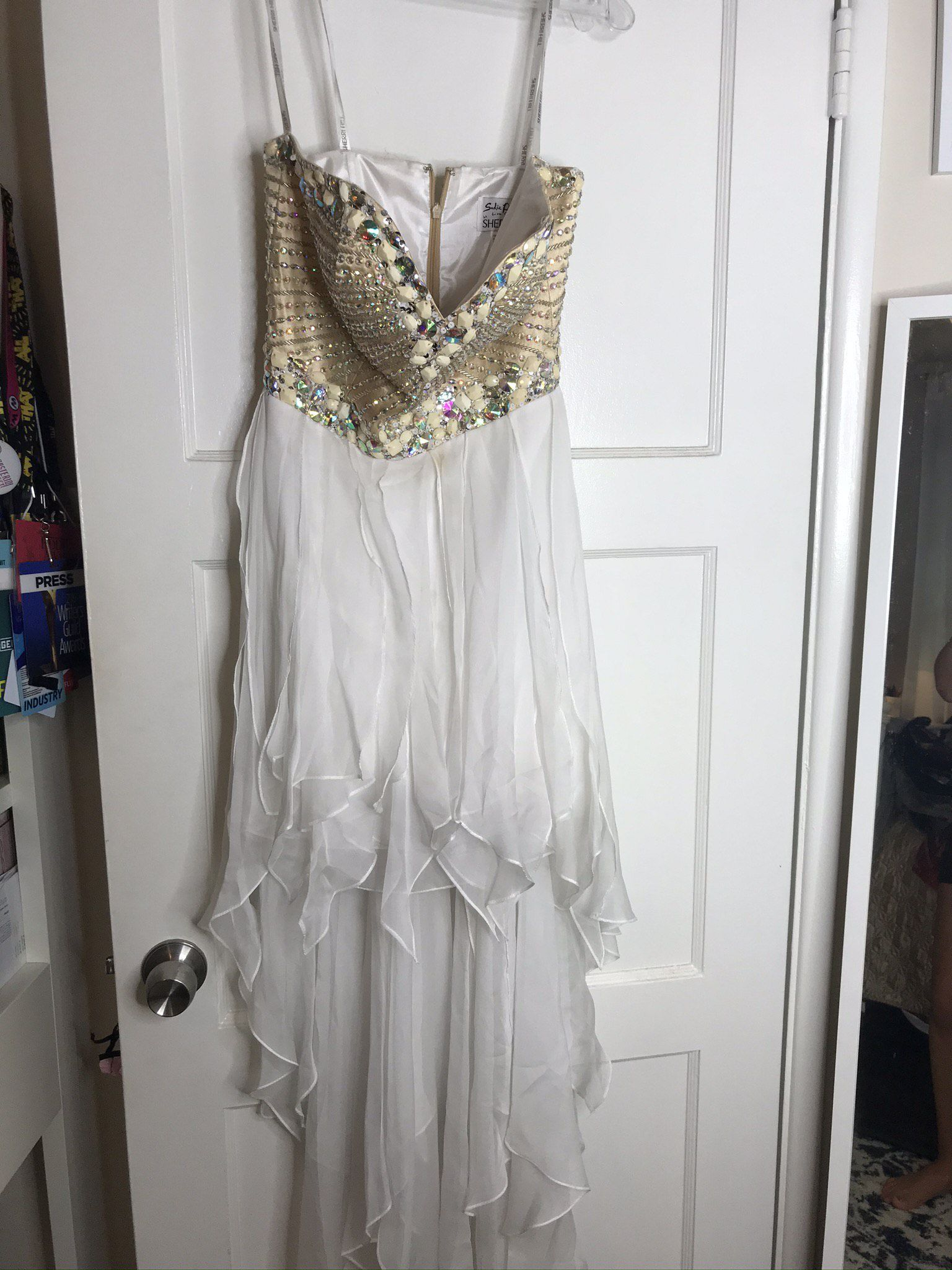 Sherri Hill White Size 6 Beaded Top Homecoming Ruffles Straight Dress on Queenly