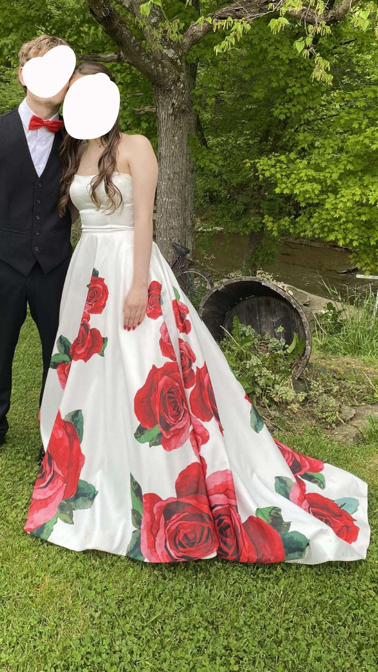 Sherri Hill White Size 0 Strapless Floral Pageant Ball gown on Queenly